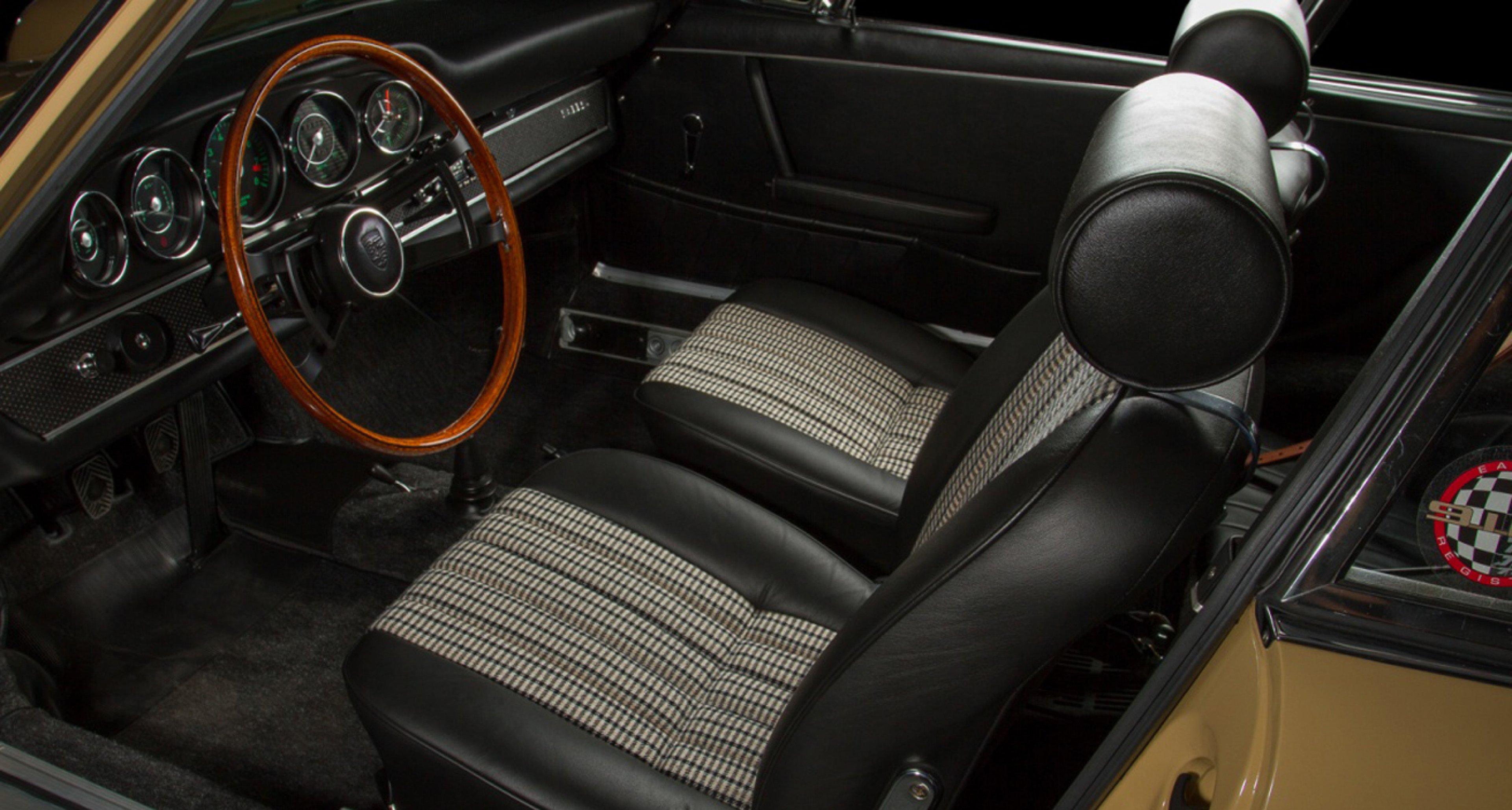 Pepita seats in a 1967 Porsche 911S.