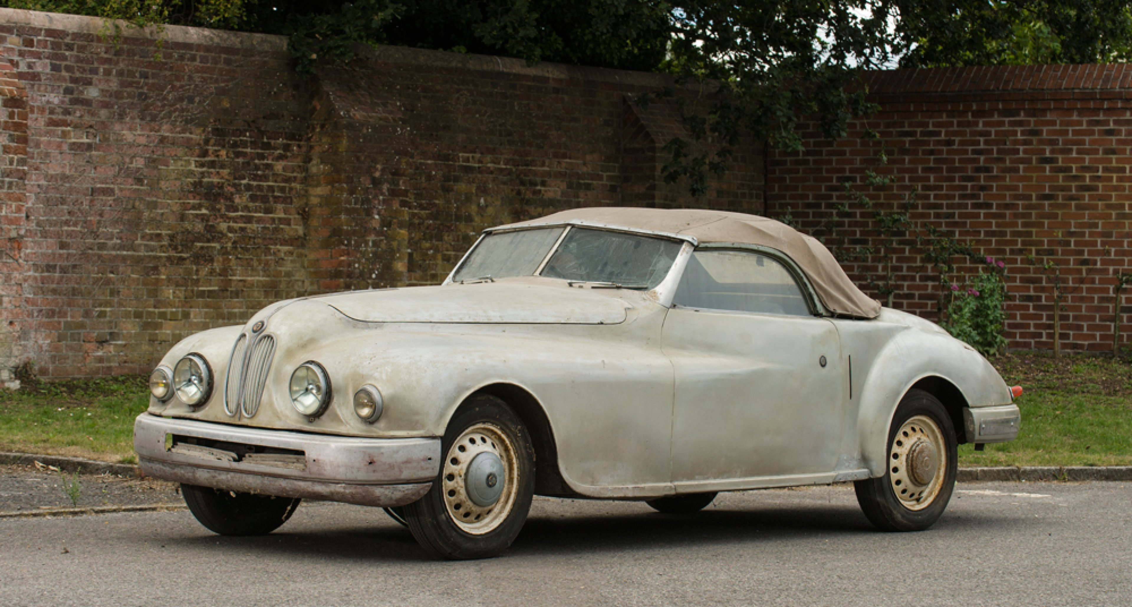 Barn Finds And Restoration Projects At Bonhams Beaulieu Sale