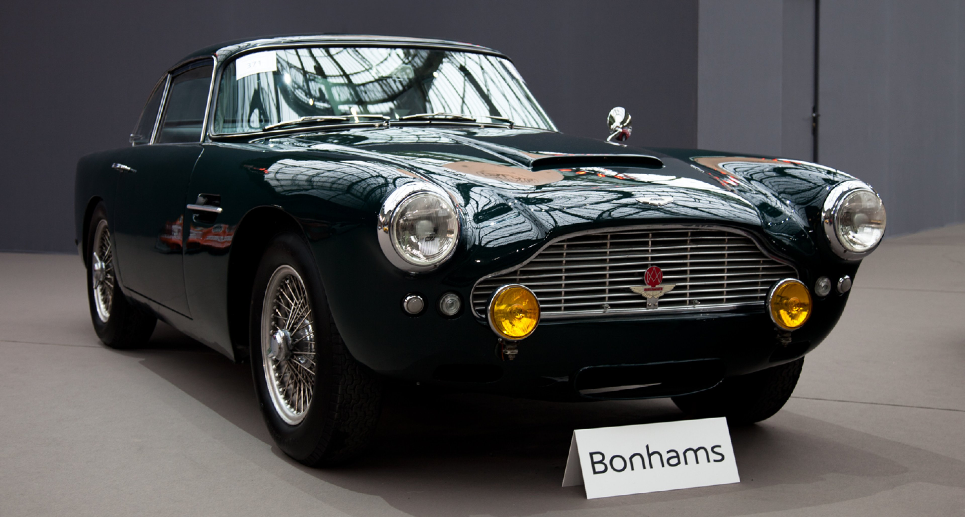 A rising star? 1962 Aston Martin DB4 GT (sold for €1,184,500).