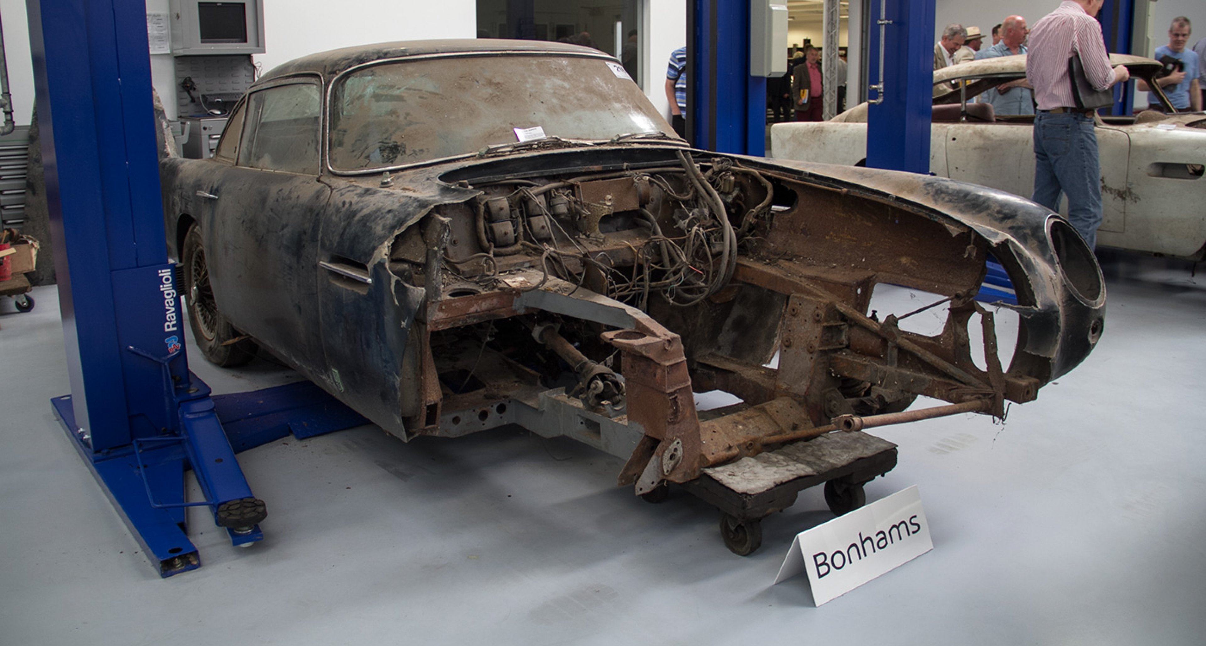 ...this prototype DB5...