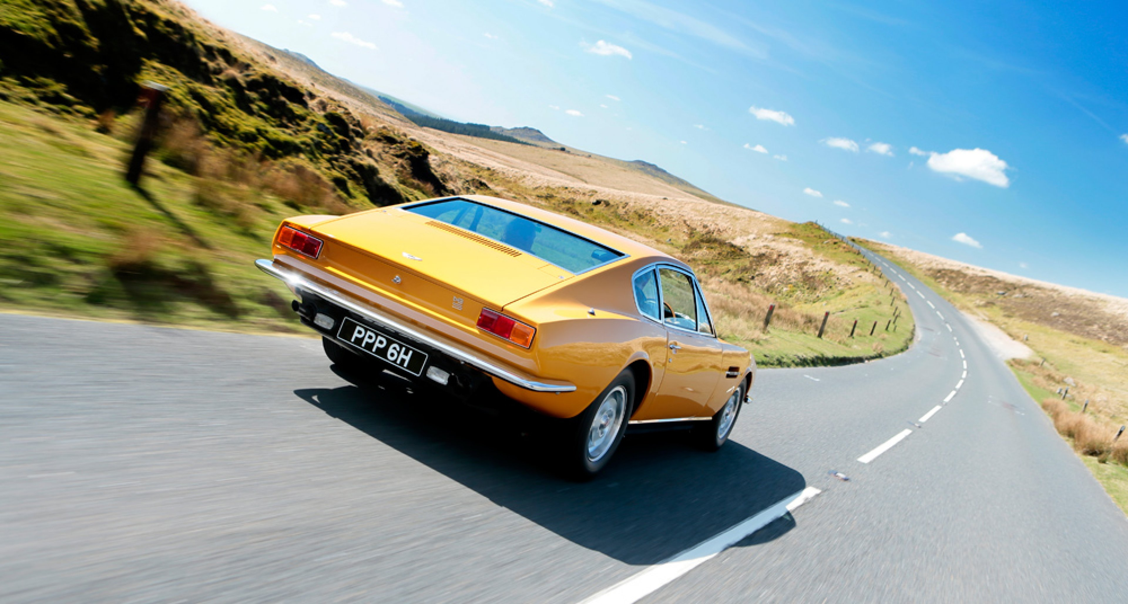 Driving The Aston Martin Dbs From The Persuaders Classic Driver Magazine