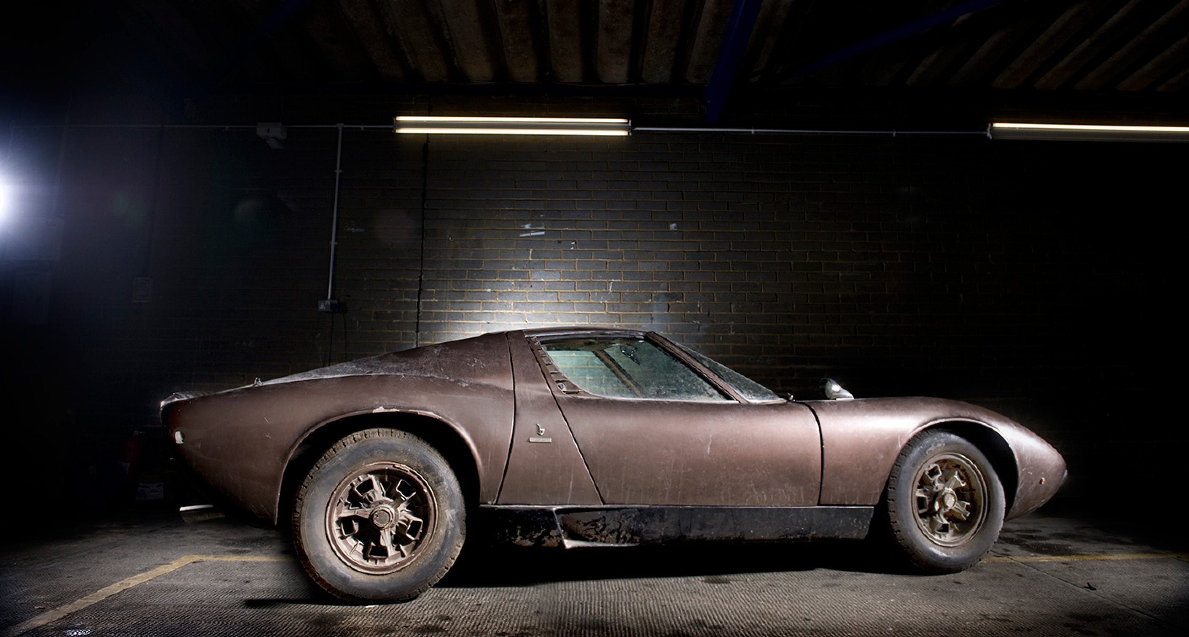 wealth preservation society why 39 barn finds 39 are breaking records classic driver magazine. Black Bedroom Furniture Sets. Home Design Ideas