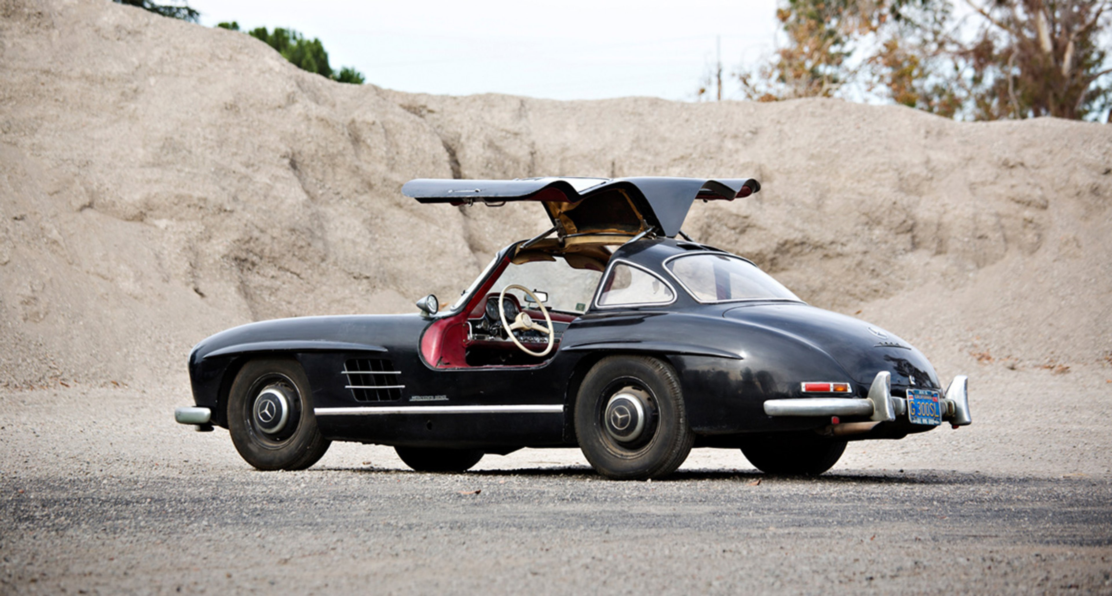 1956 Mercedes-Benz 300 SL Gullwing sold by Gooding in January 2014 for $1,897,500