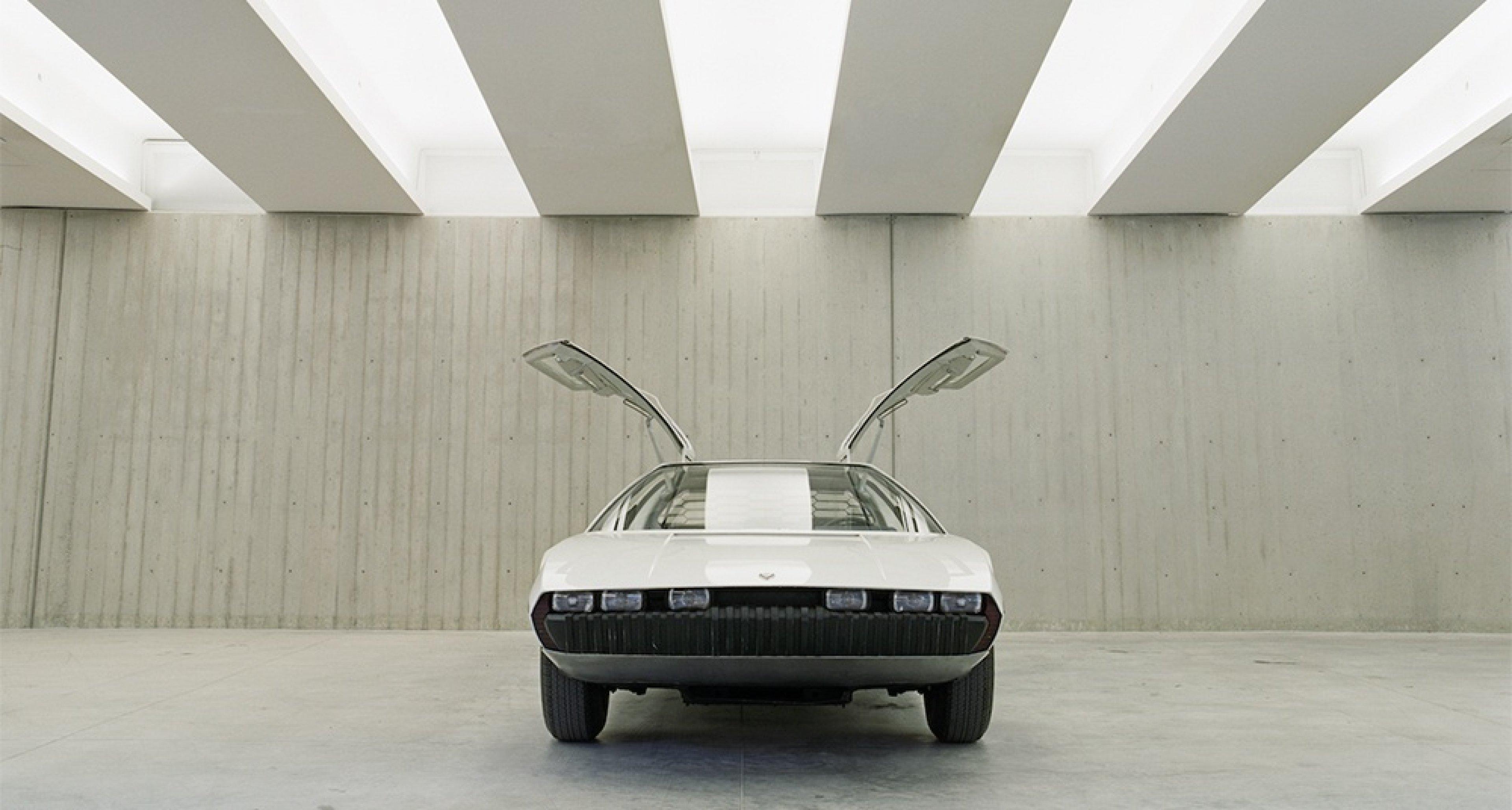 Lamborghini Marzal. Photo by Benedict Redgrove.