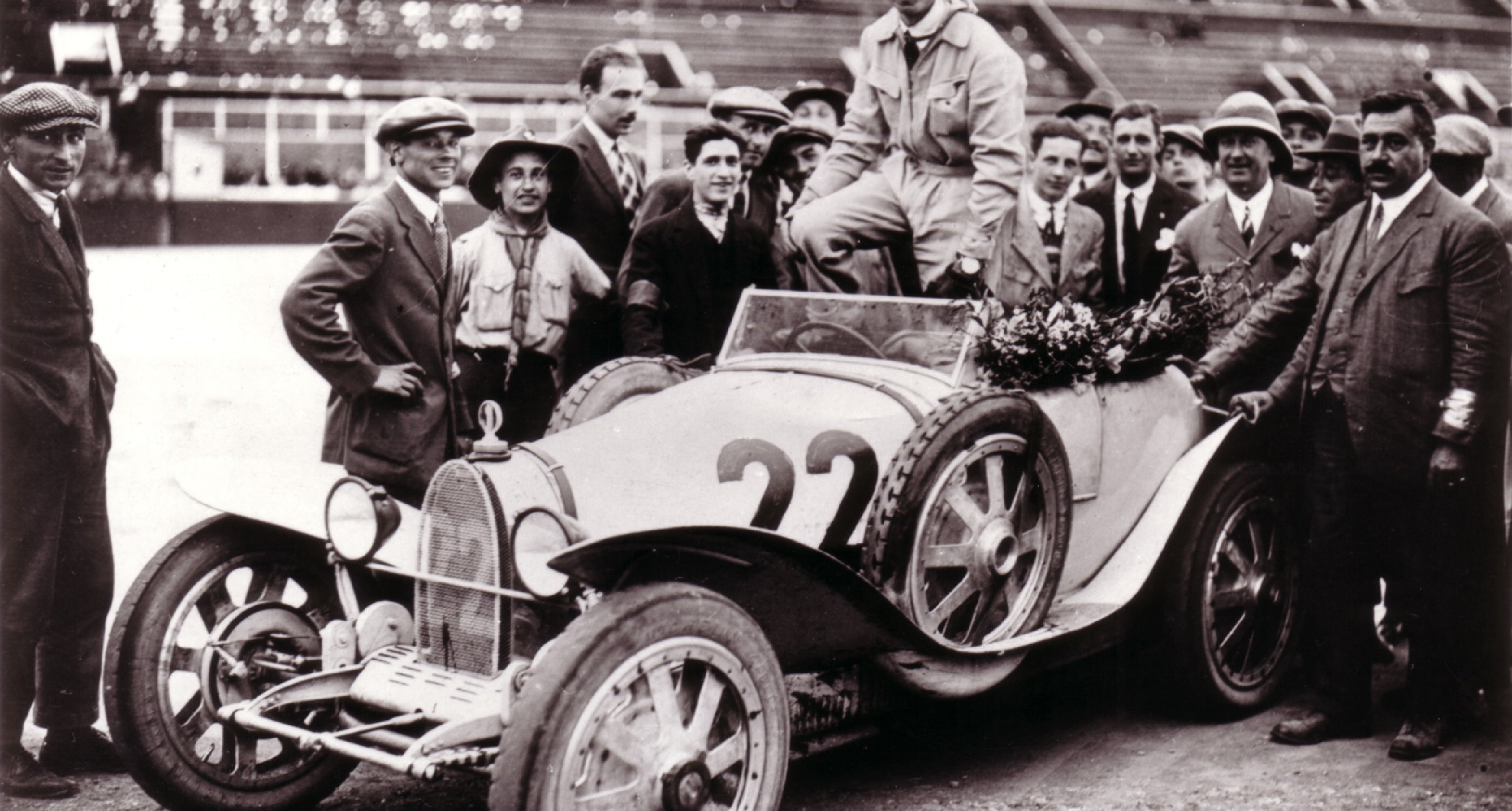 Constantini at Monthlery in a Bugatti Type 39A in 1925