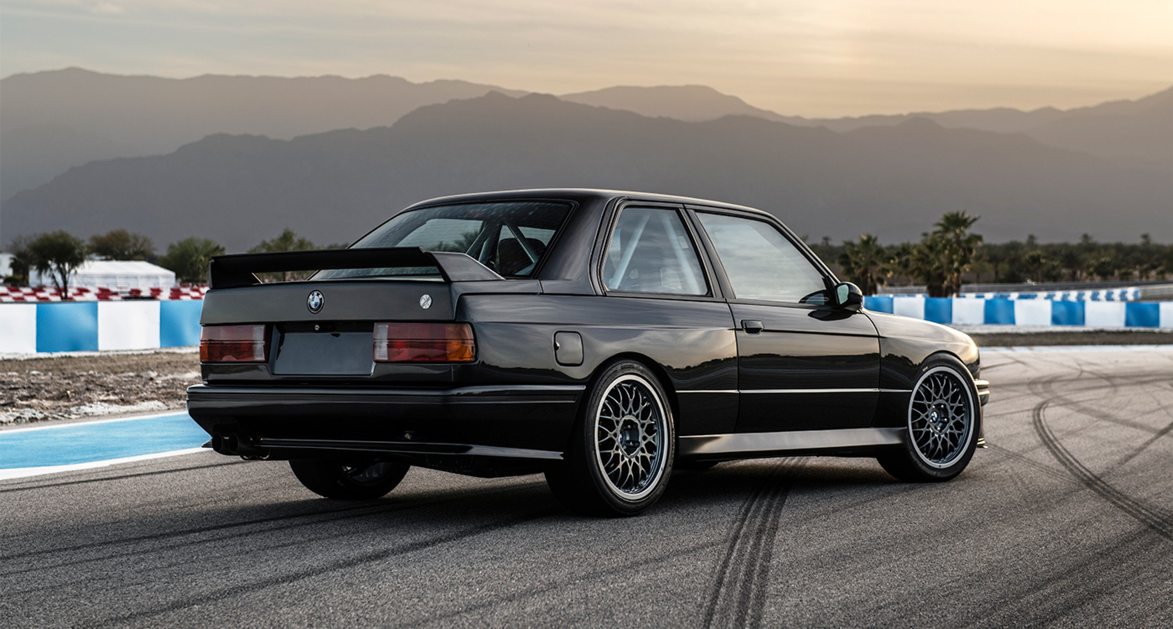BMW E30 M3 >> Has Redux Built The Ultimate Reincarnation Of The Bmw M3