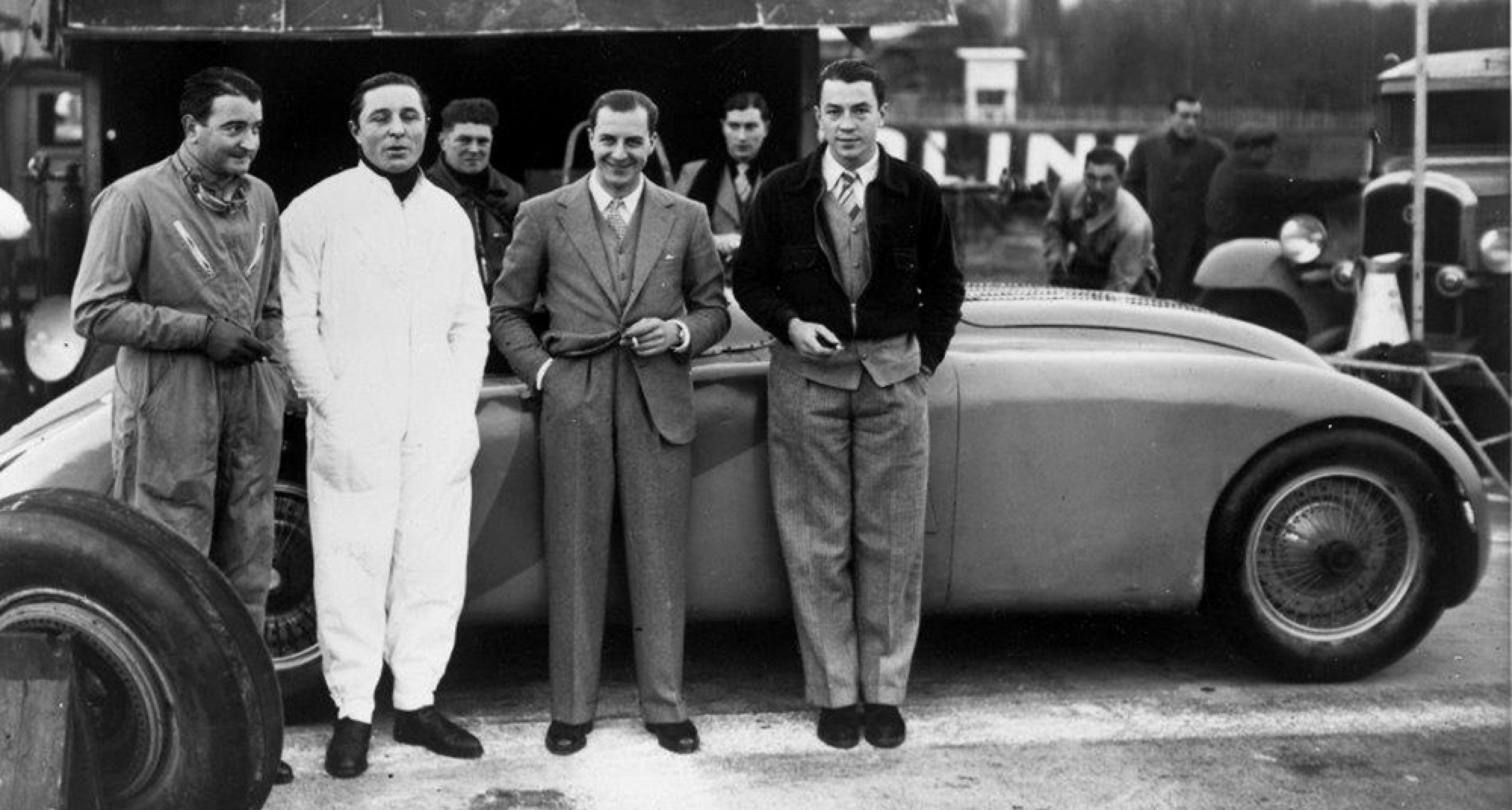Jean Bugatti with works drivers in Le Mans. © Bugatti archives