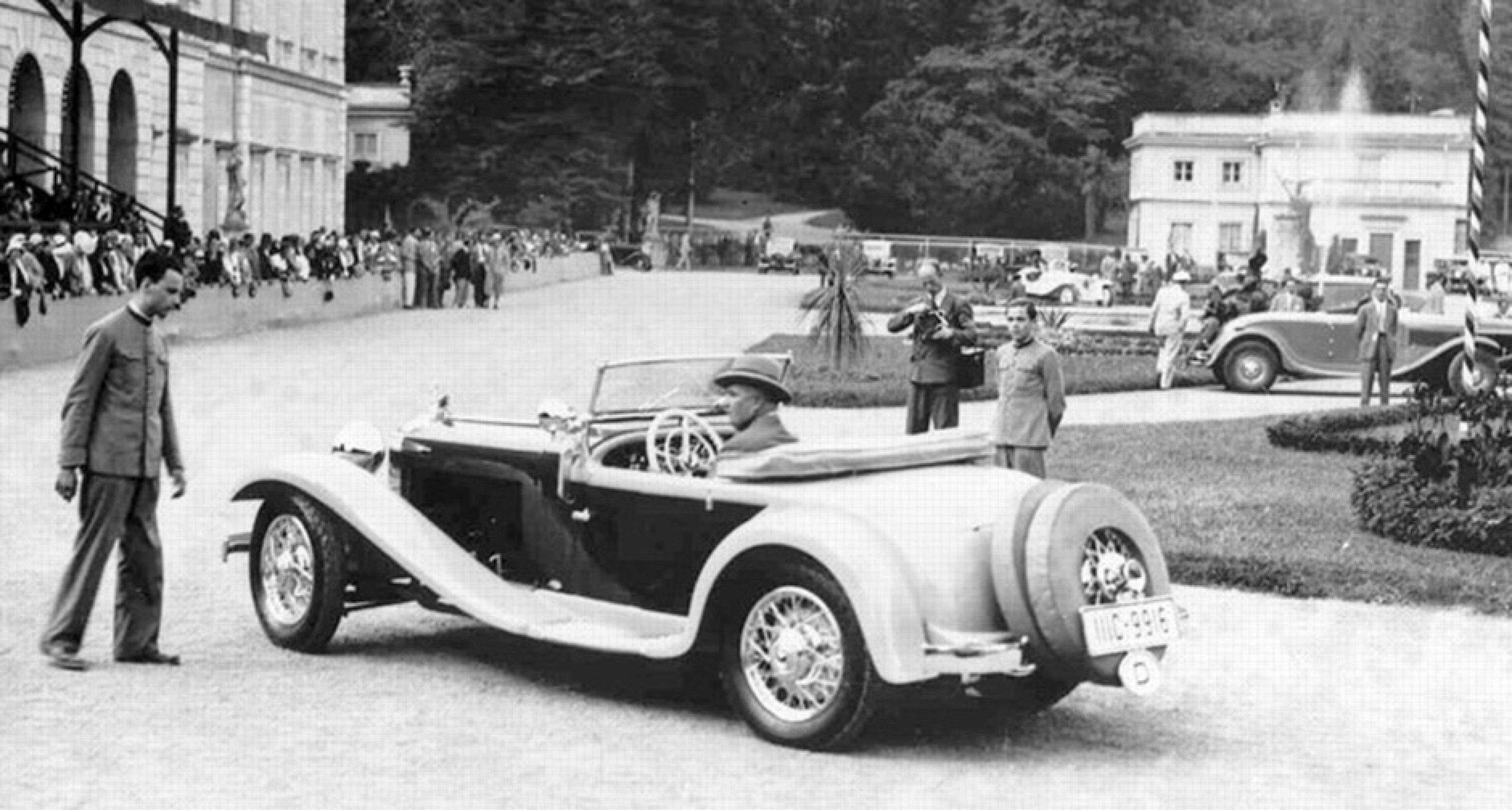 Relive the (troubled) early days of the Concorso d'Eleganza Villa ...