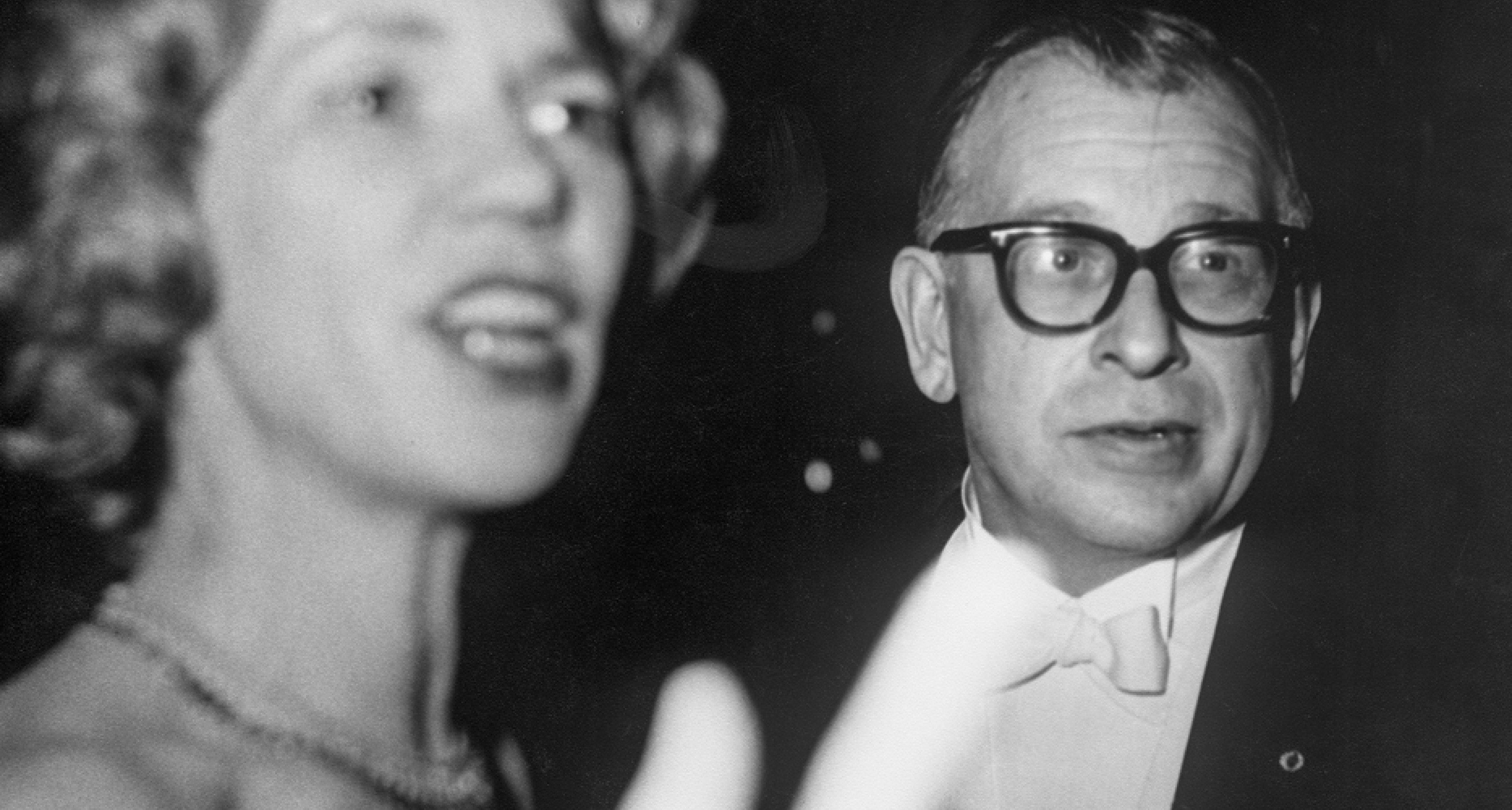 Eero Saarinen findet in Aline B. Louchheim eine Ehefrau, die ihn bei seinen grossen beruflichen Ambitionen unterstützen kann. Sie wird die Kommunikationsverantwortliche bei ES&A. © Bernice Clark, Joe Clark (HBSS Studio)/Eero Saarinen Collection (MS 593).