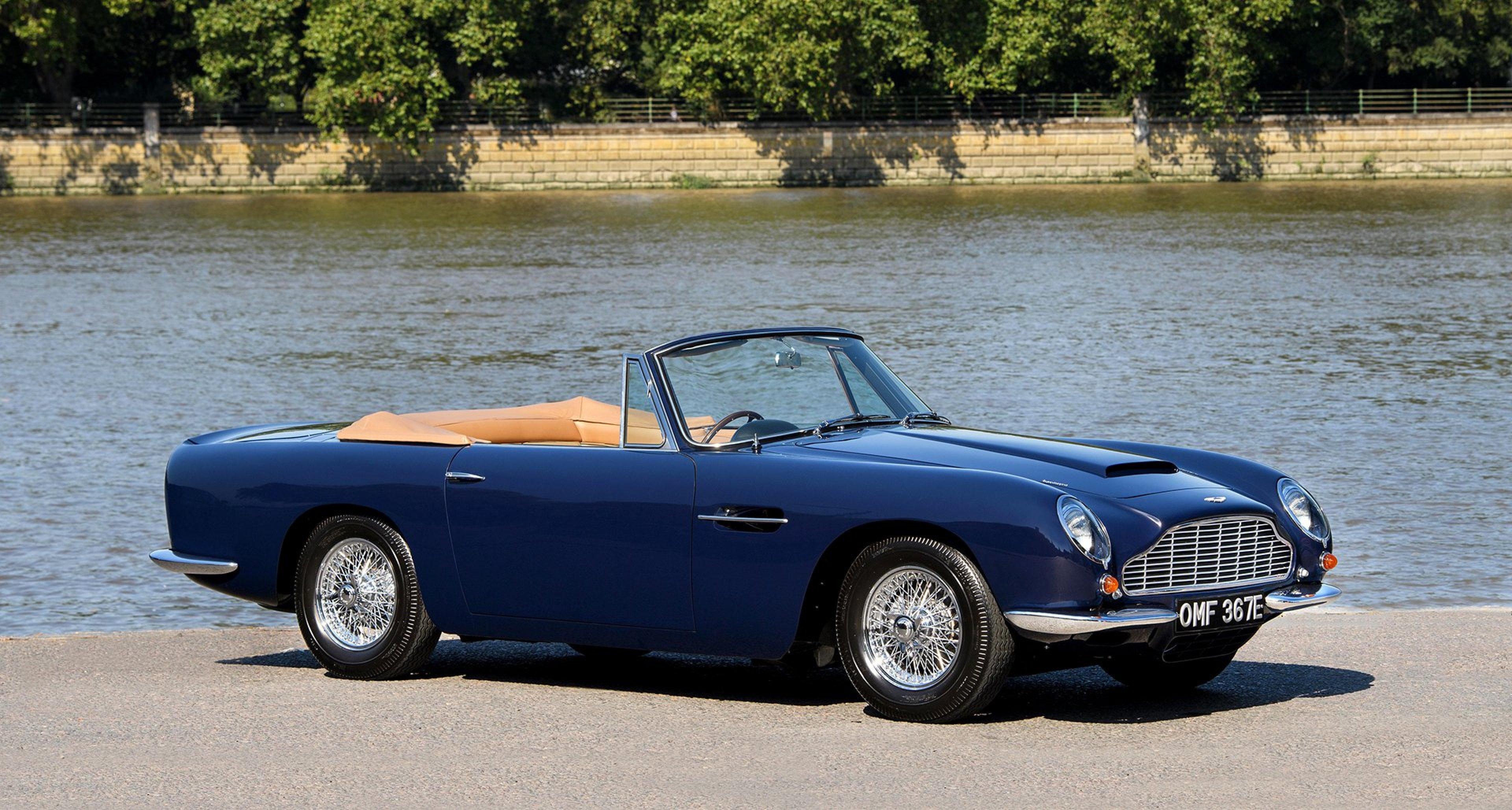 Vergolden Sie Ihren Herbst Mit Diesem Königlichen Aston Martin Db6 Volante Classic Driver Magazine