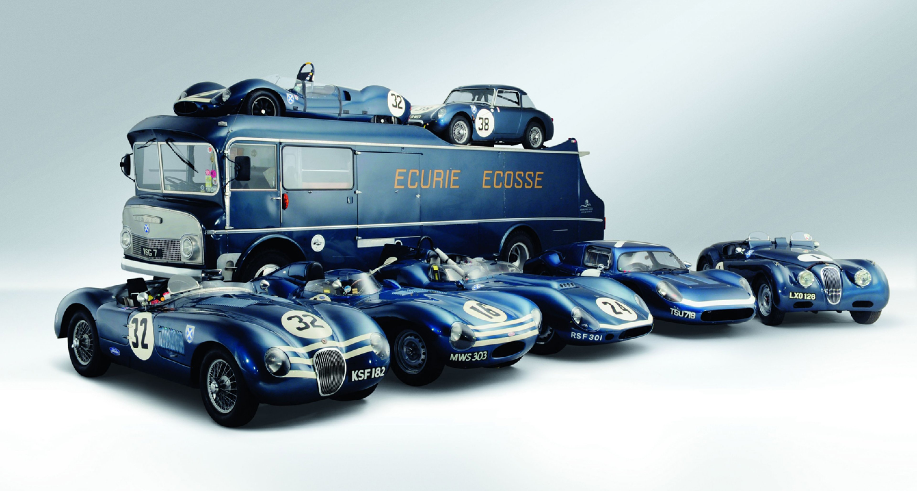Ecurie Ecosse's Commer with friends