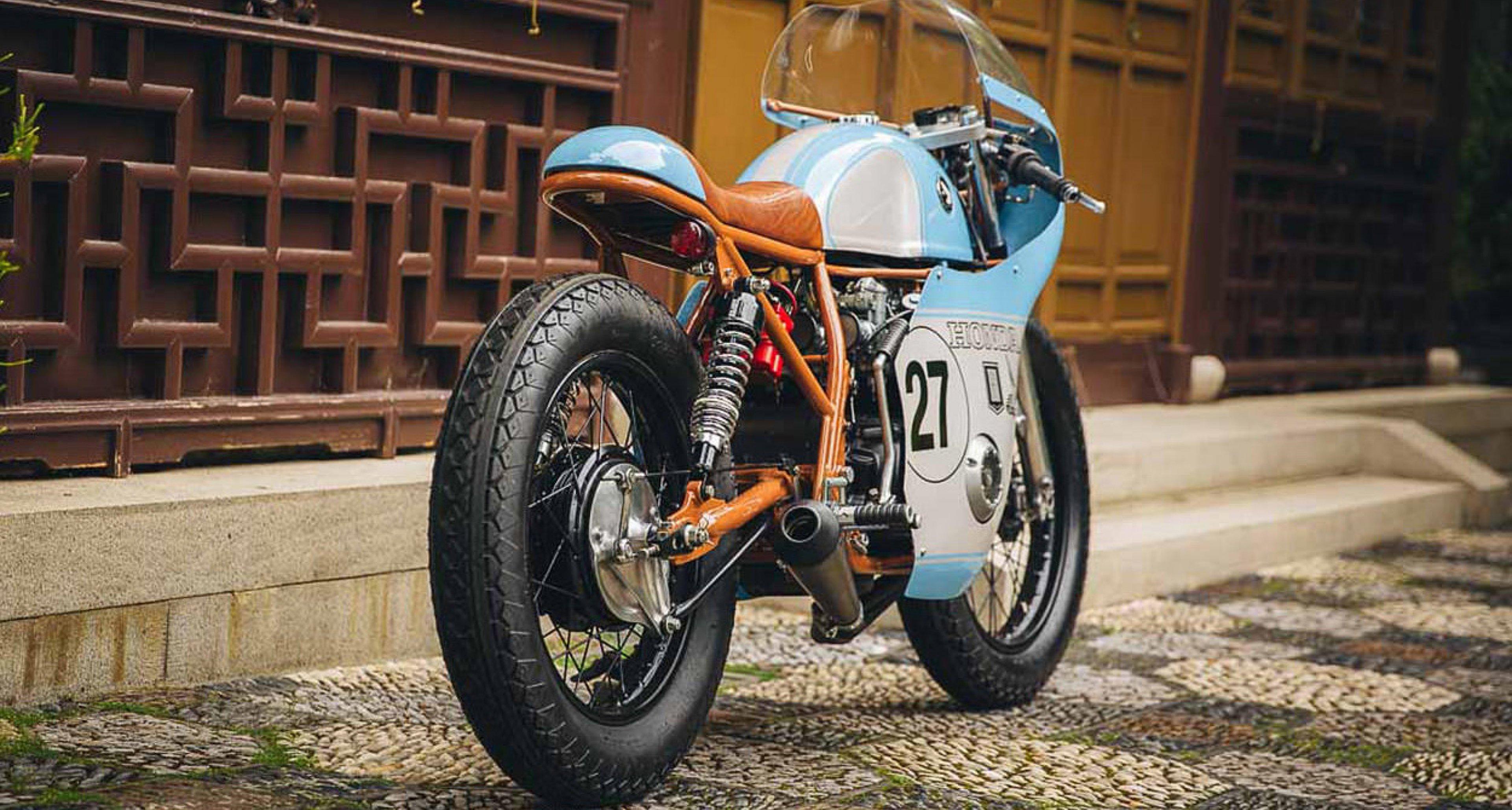 Have you seen a prettier café racer than this racy Honda CB550? | Classic Driver Magazine