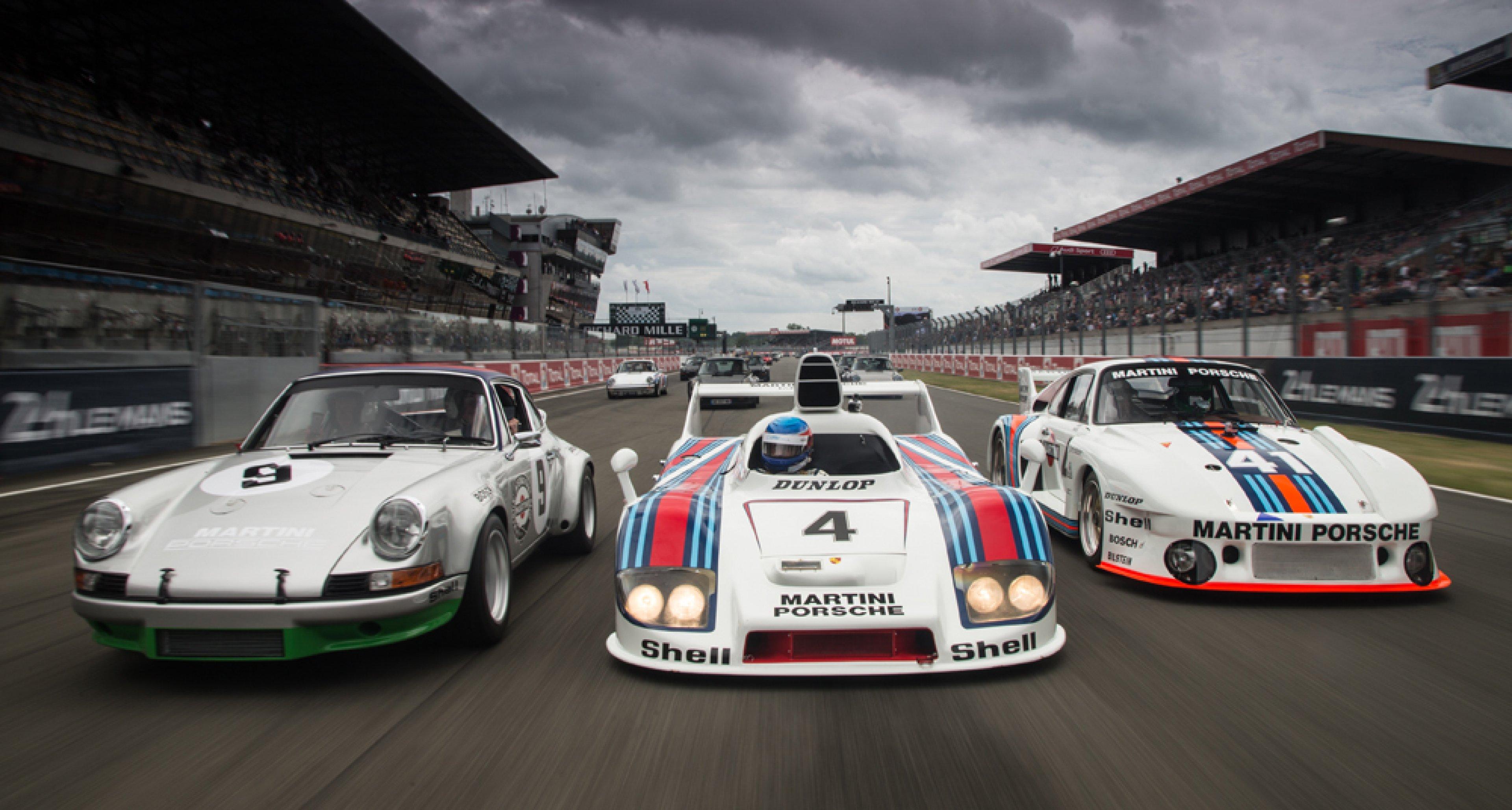 Eine Runde Le Mans Im Martini Porsche 911 Carrera Rsr