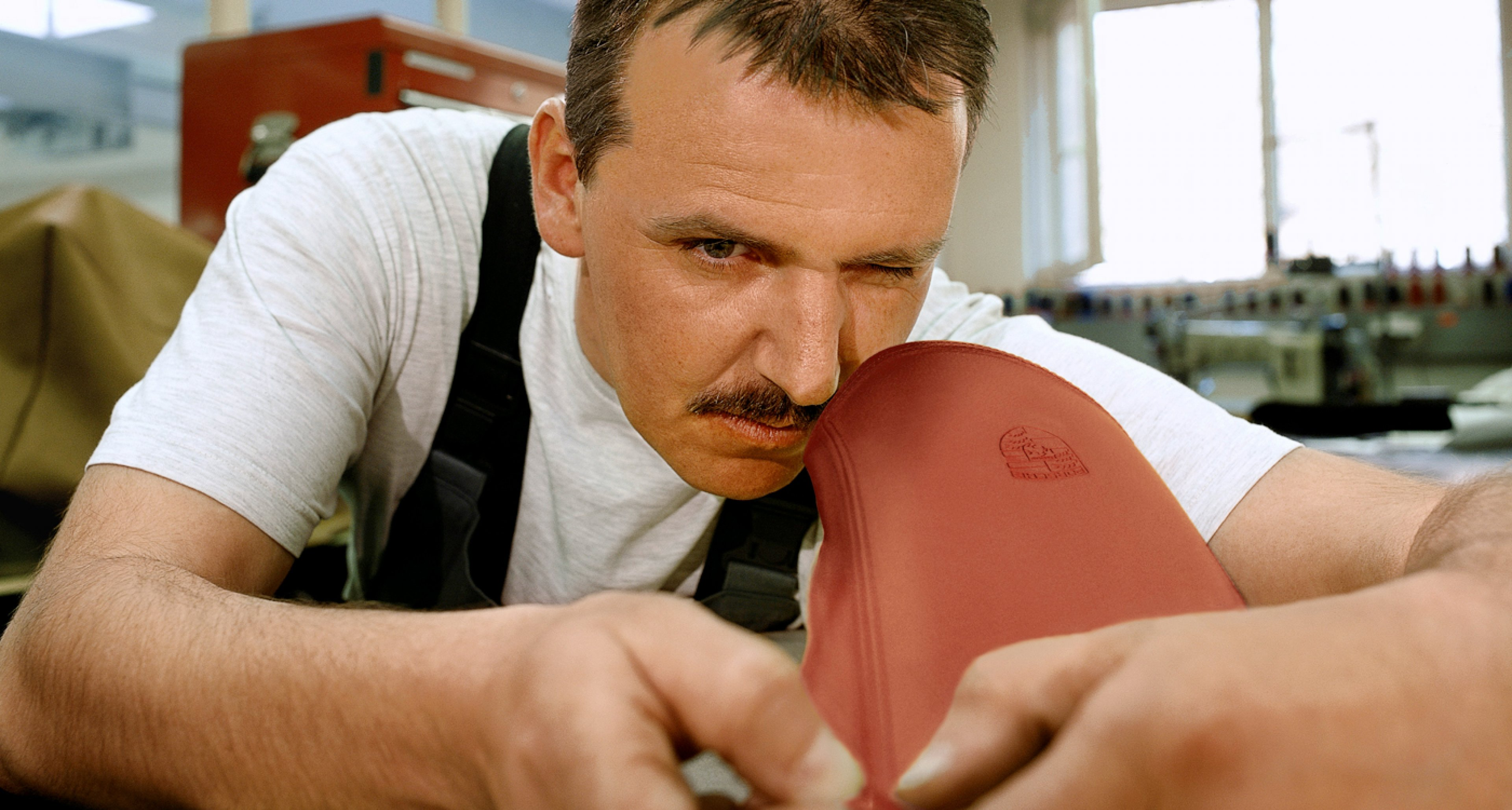 Craftsmanship at 'Porsche Exclusive' in 2002.