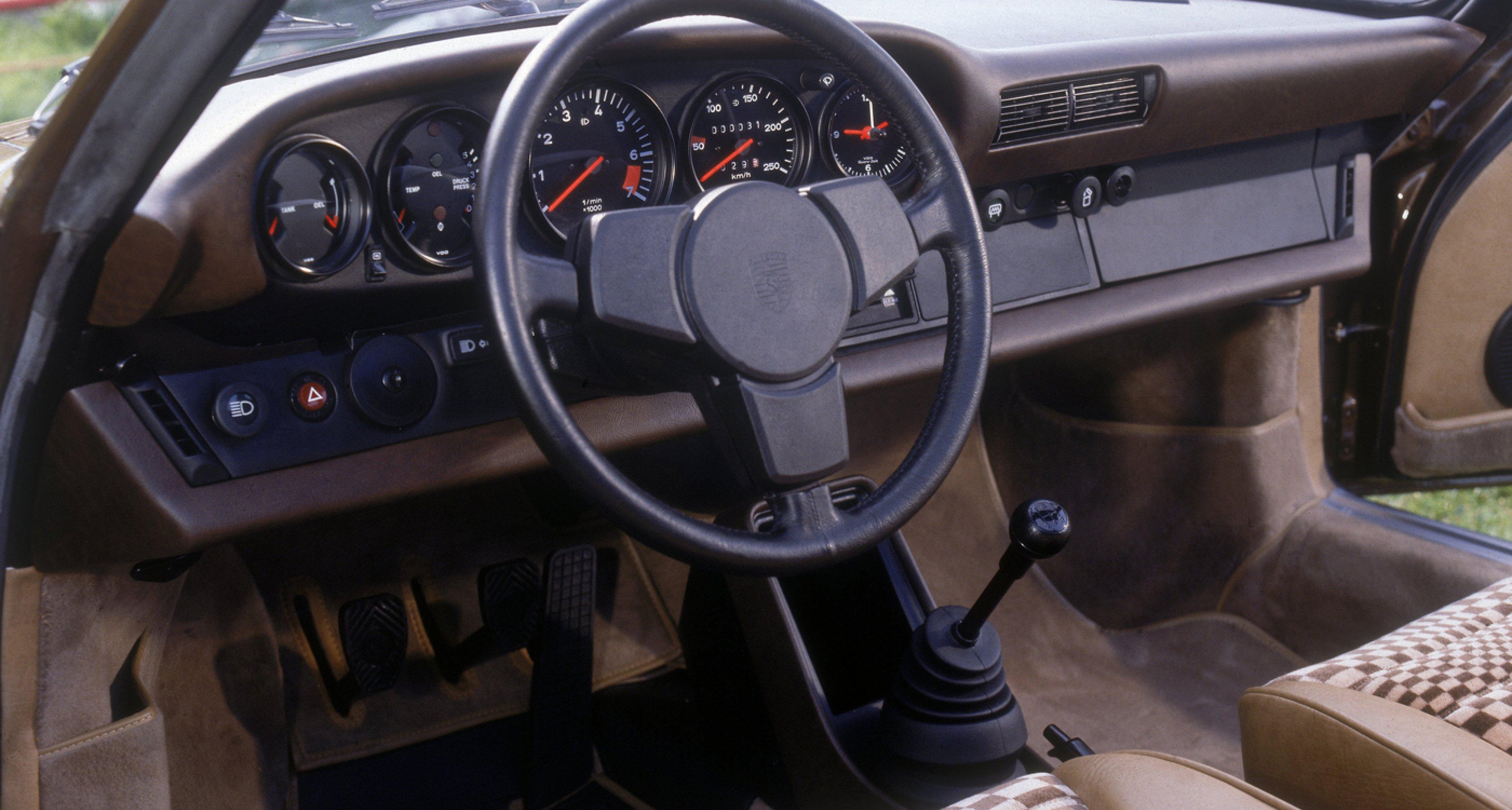 Interior of a 1977 Porsche 911 Carrera 3,0.
