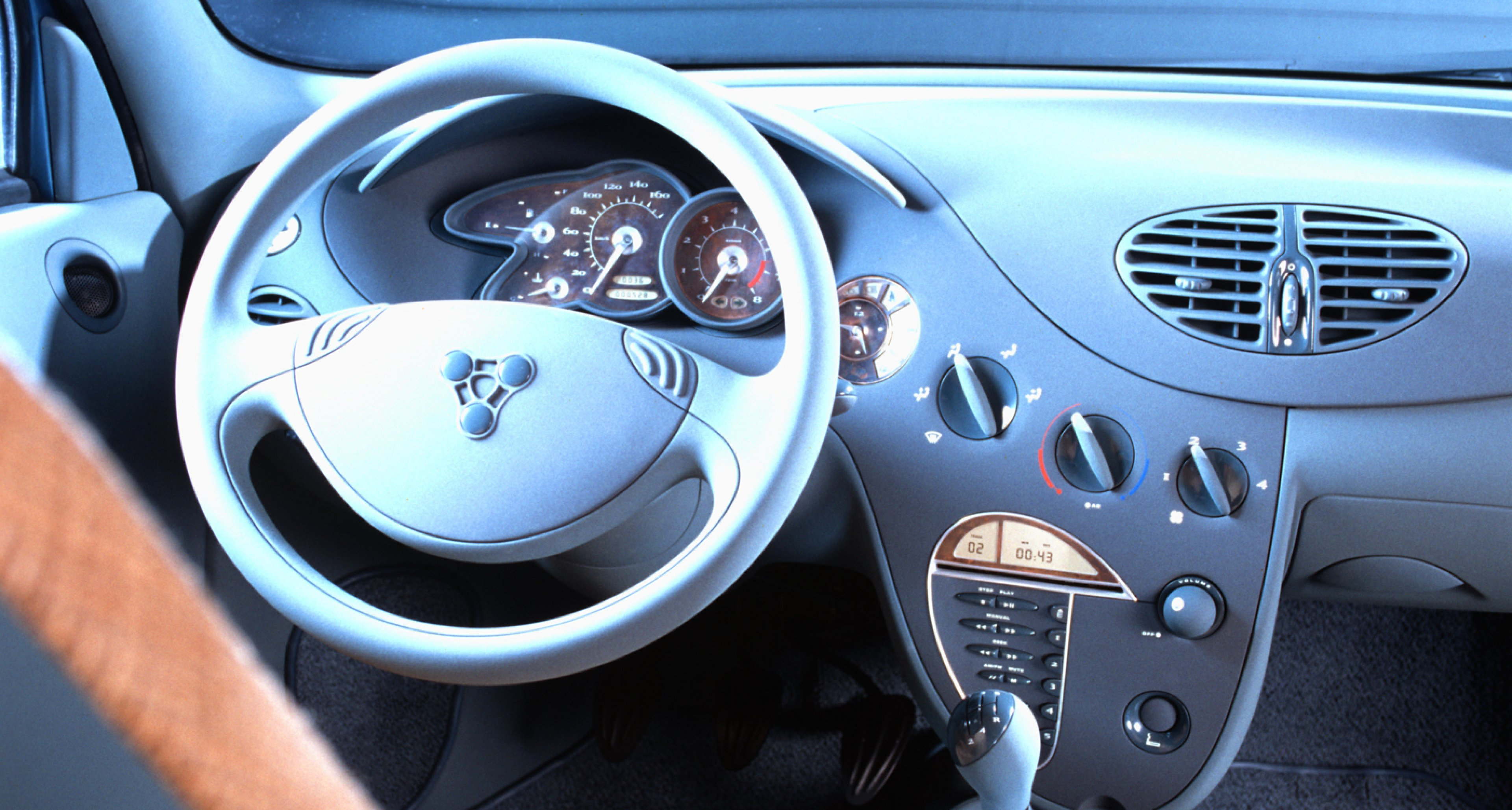 Interior of Porsche's C88 concept of a 'chinese Volkswagens'in 1994.