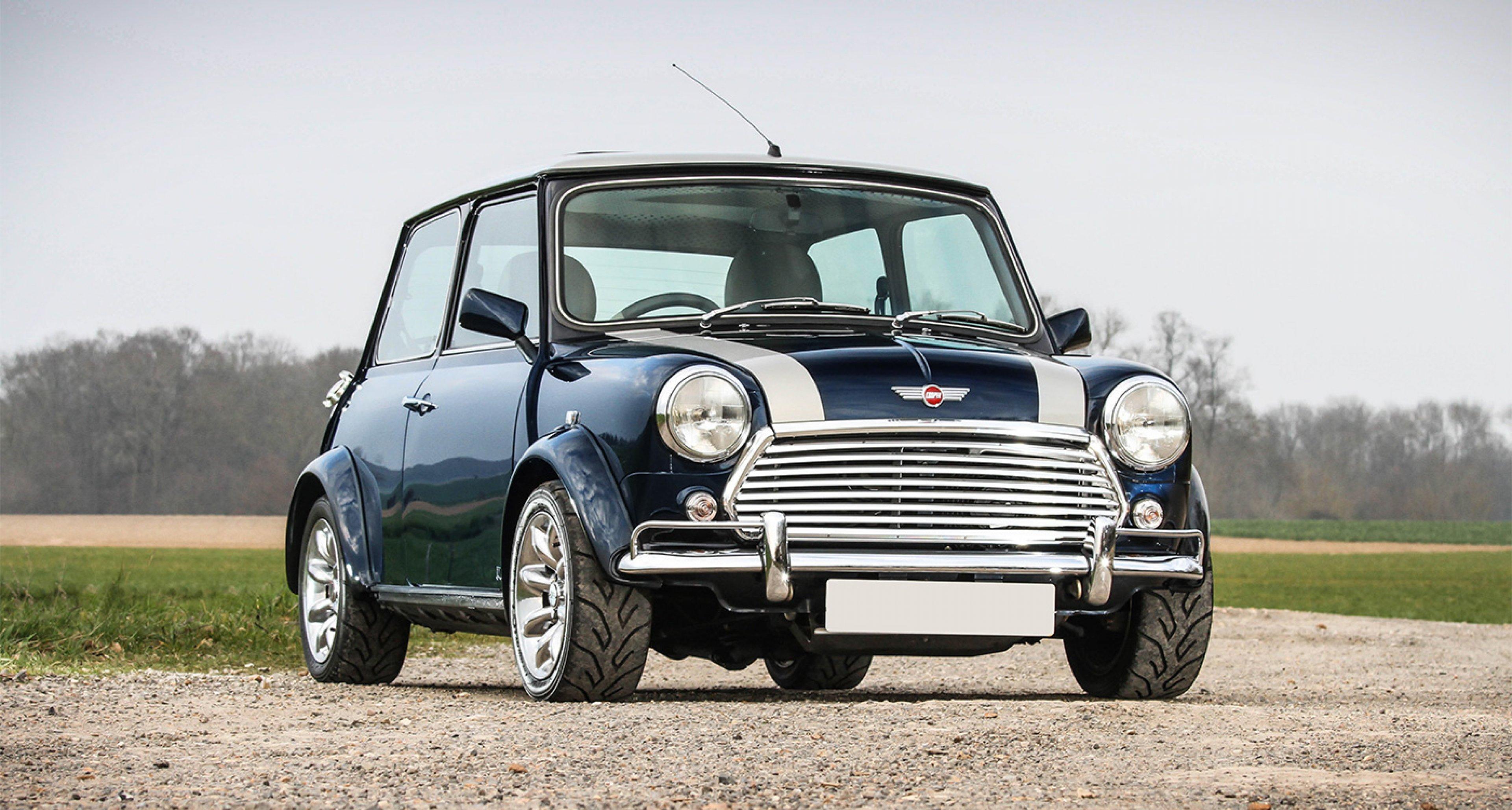 Cars Mini Cooper Old