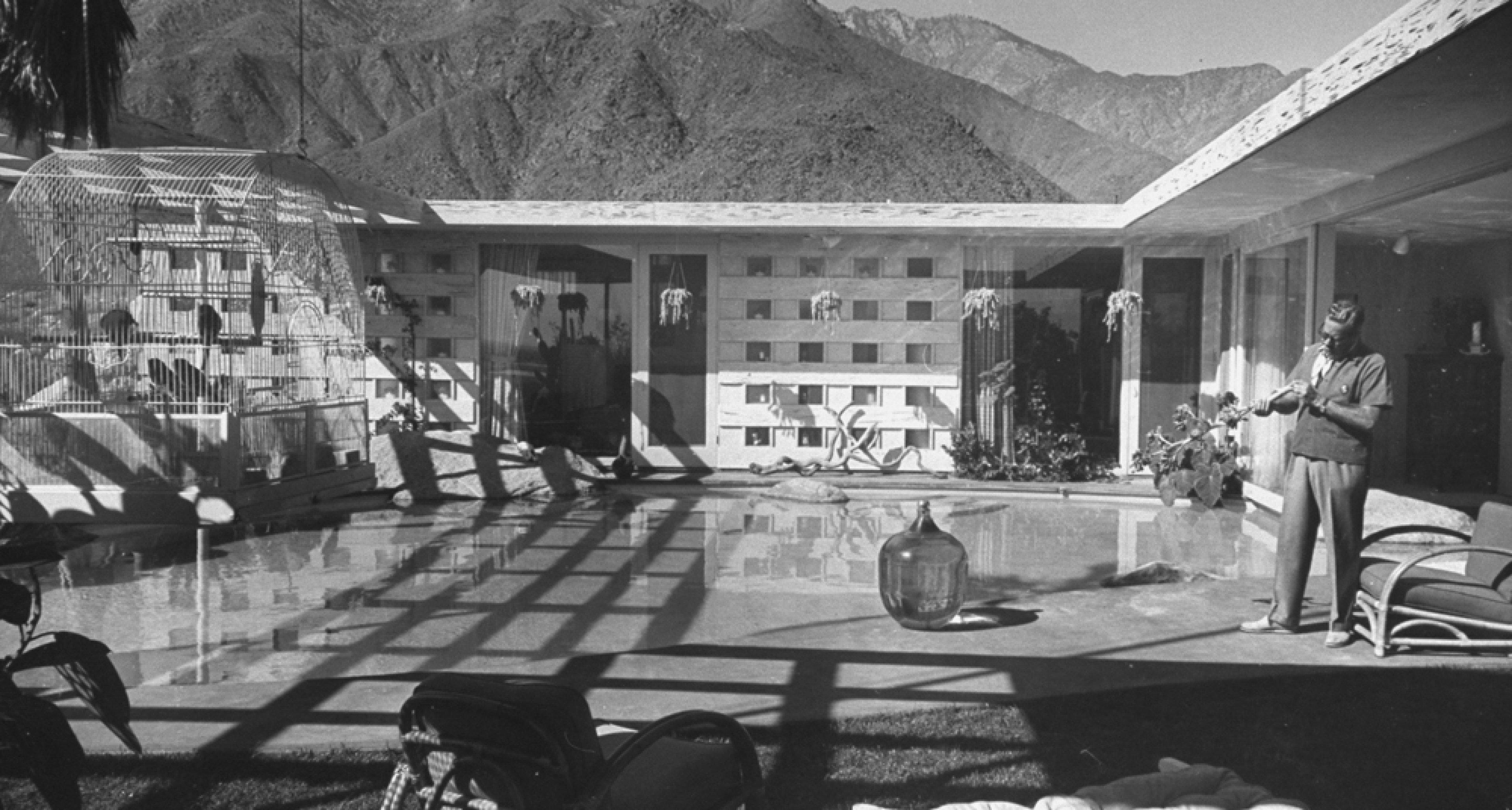 Loewy House by Albert Frey (1946).