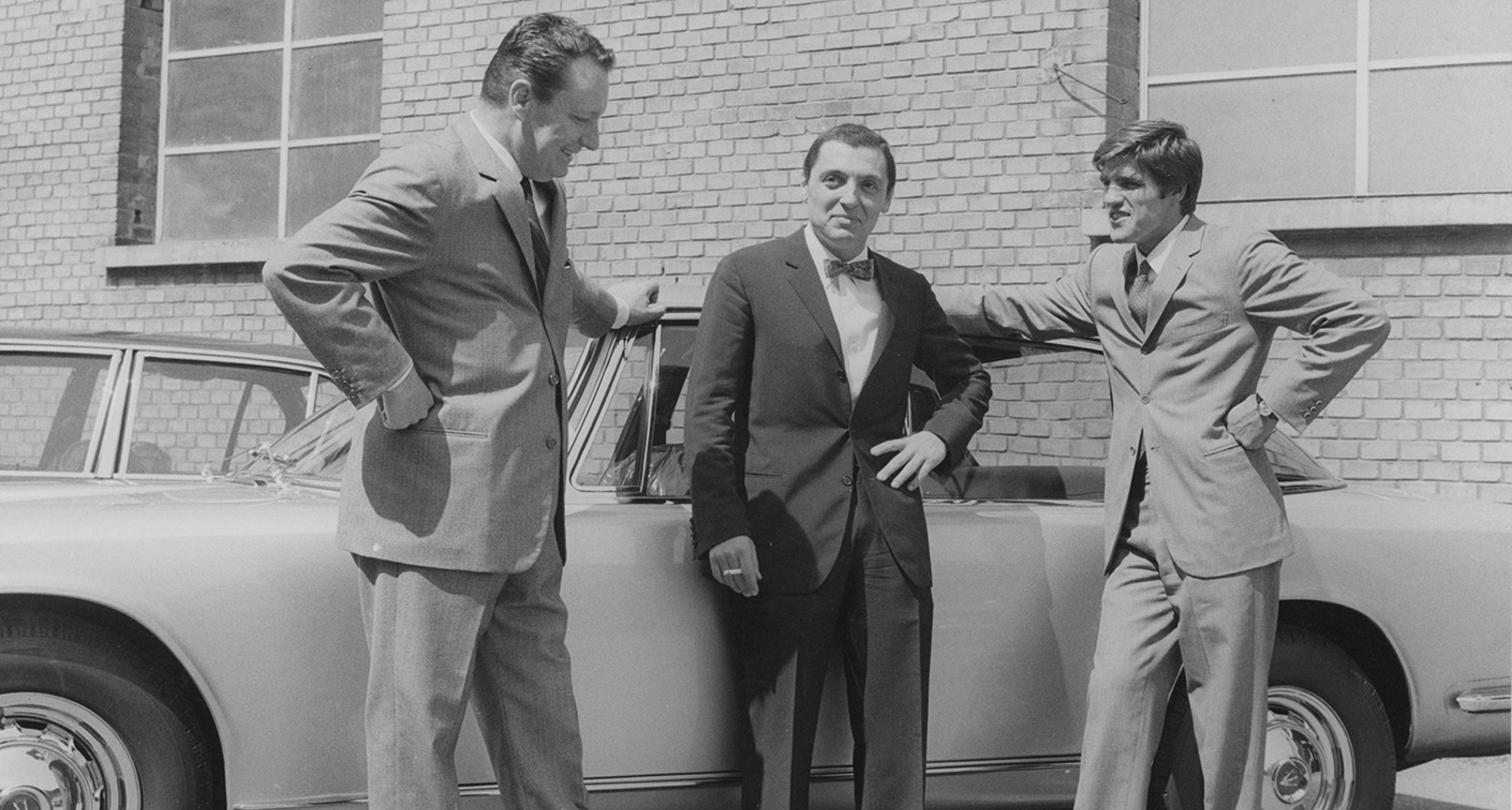 Nino Benvenuti meets Omar Orsi and Cesare Perdisa at the factory