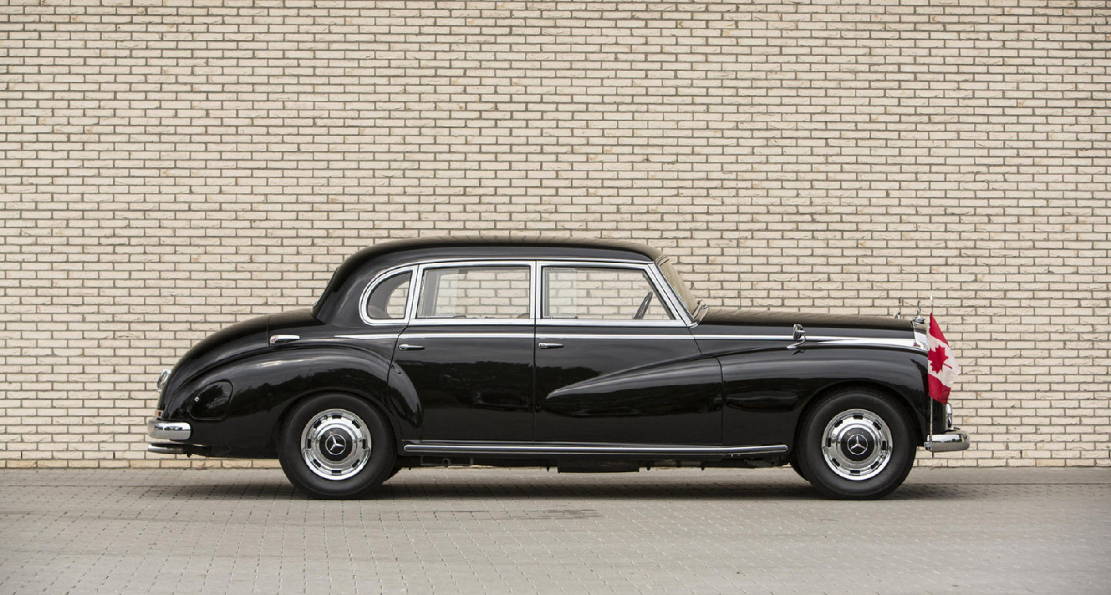 Lot 42: 1953 Mercedes-Benz 300 'Adenauer' Saloon 'Formerly the property of the family of Rudolph Sack' (€ 70,000 - 100,000)