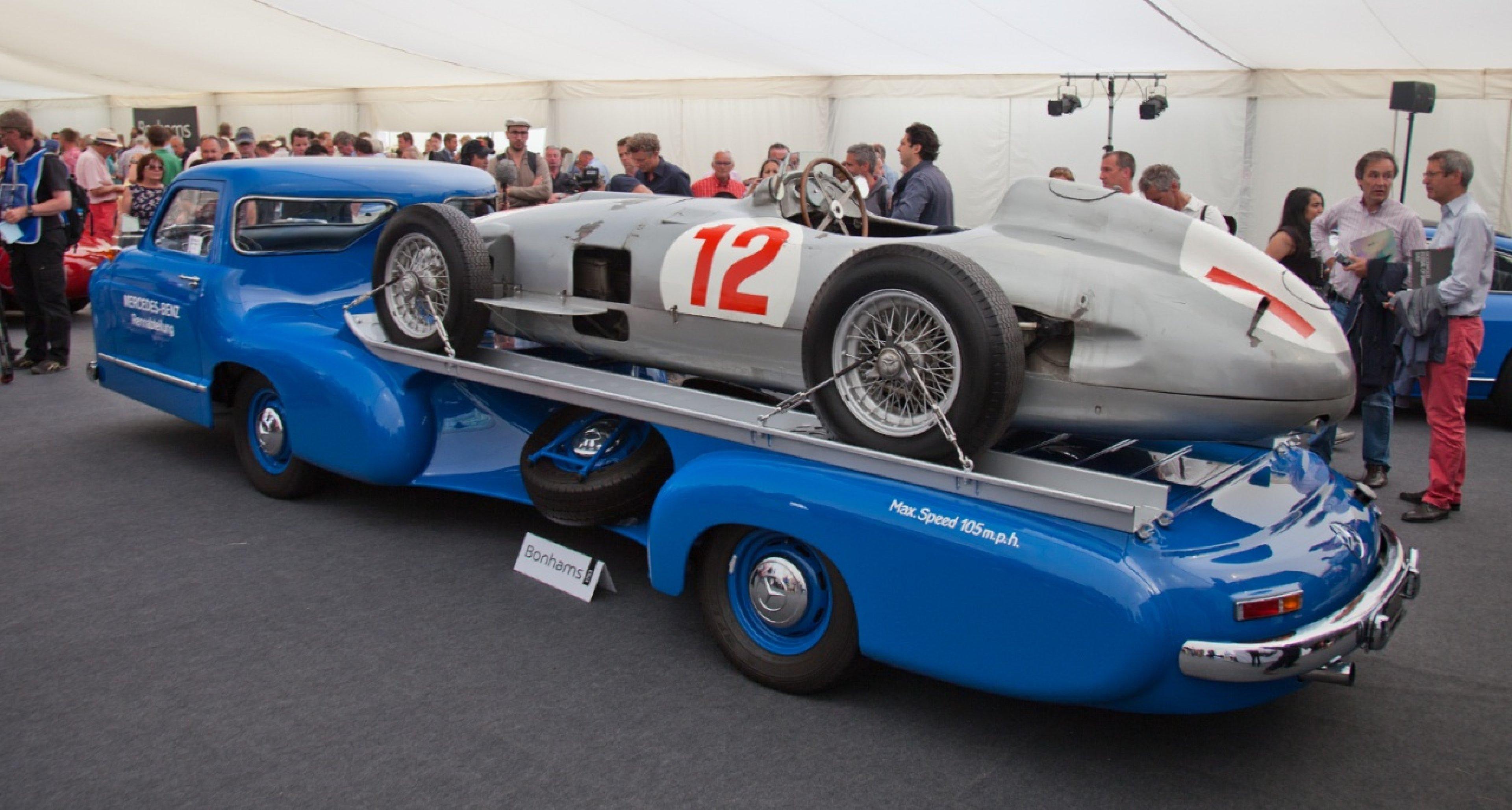 1954 Juan Manuel Fangios Mercedes W196 GBP 19,600,000
