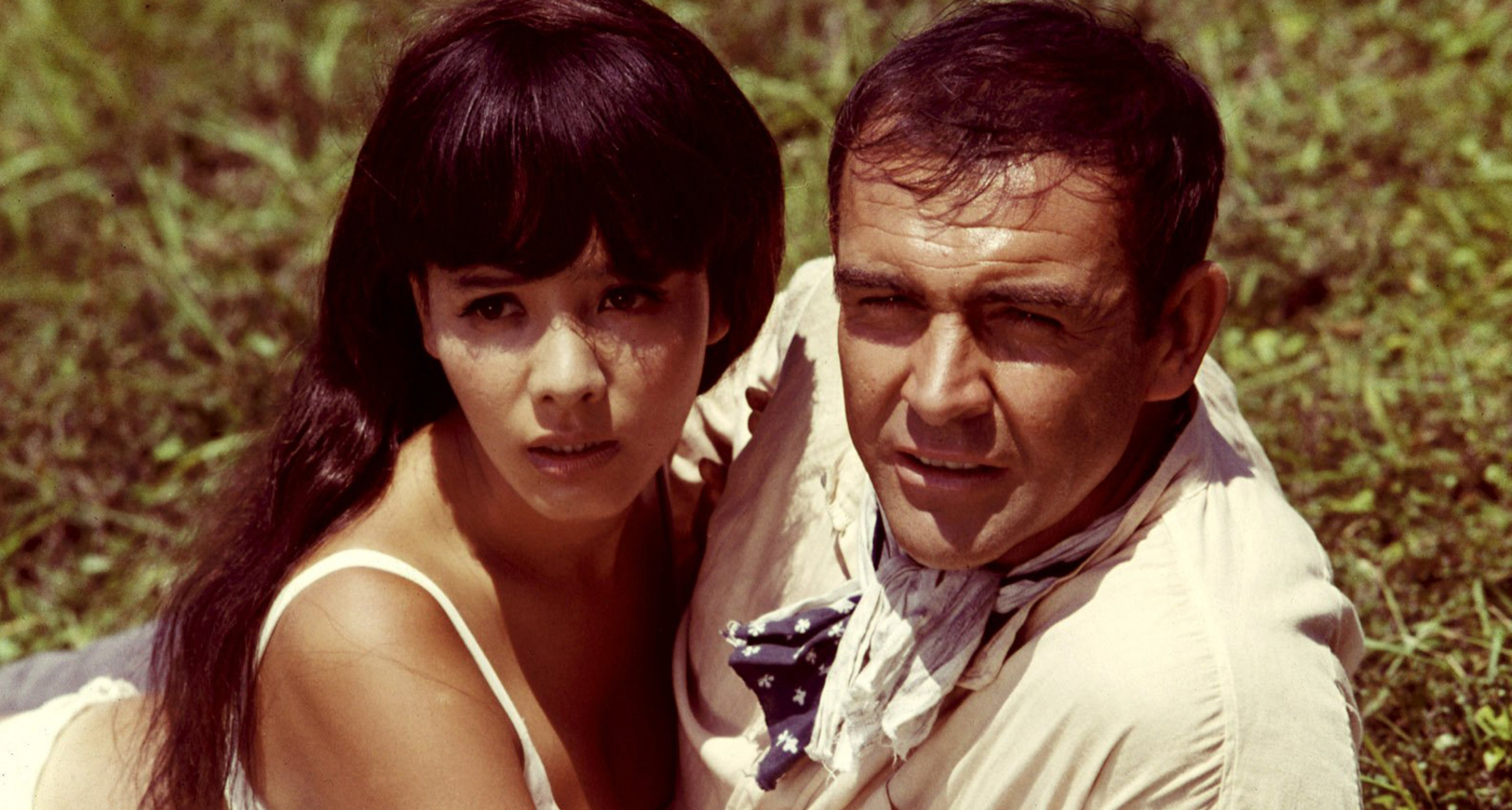 Mie Hama as Bond Girl Kissy Suzuki with Sean Connery in 'You Only Live Twice'.