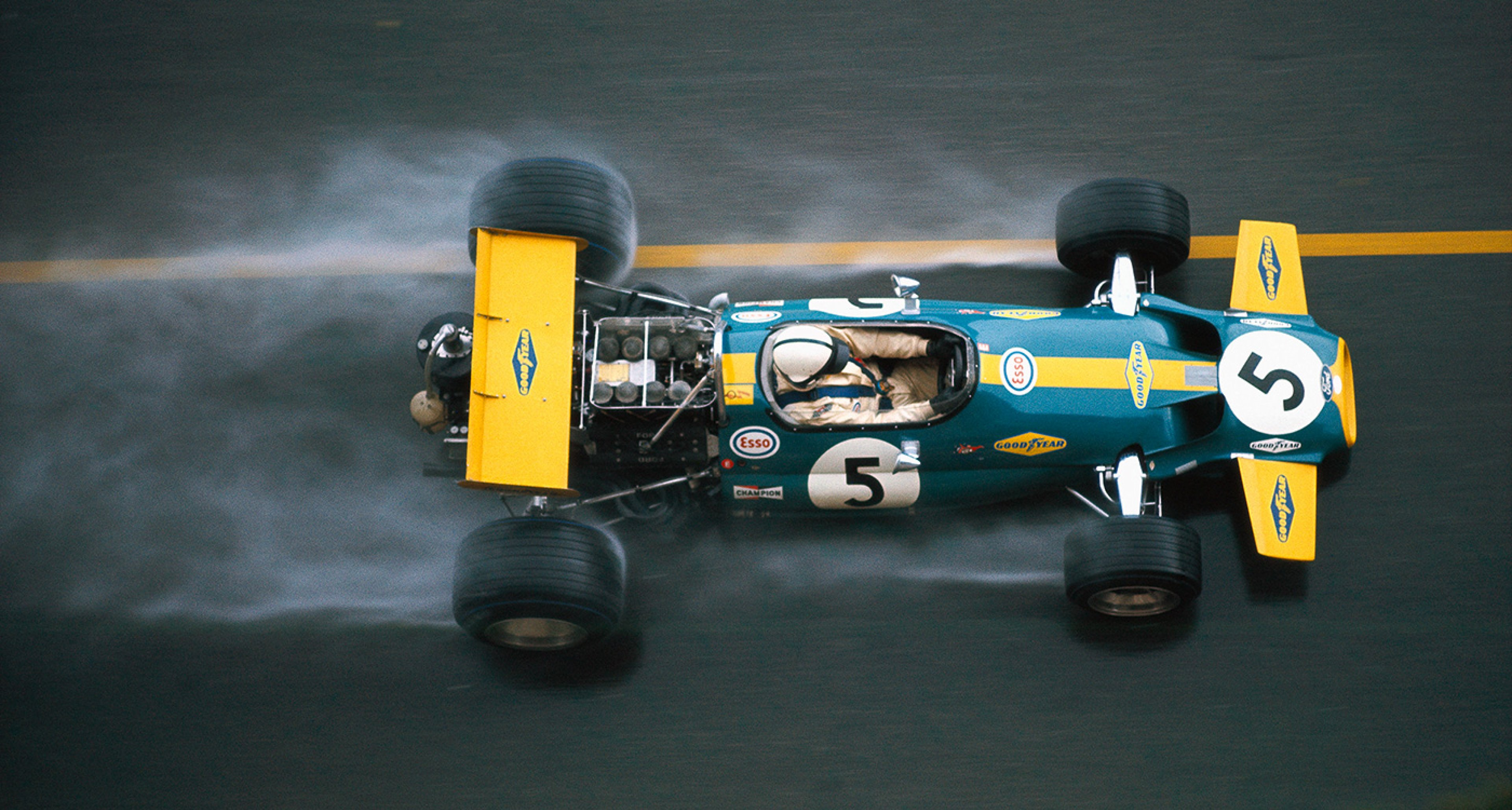 Brabham before being overtaken by Rindt at the slippery Monaco GP of 1970