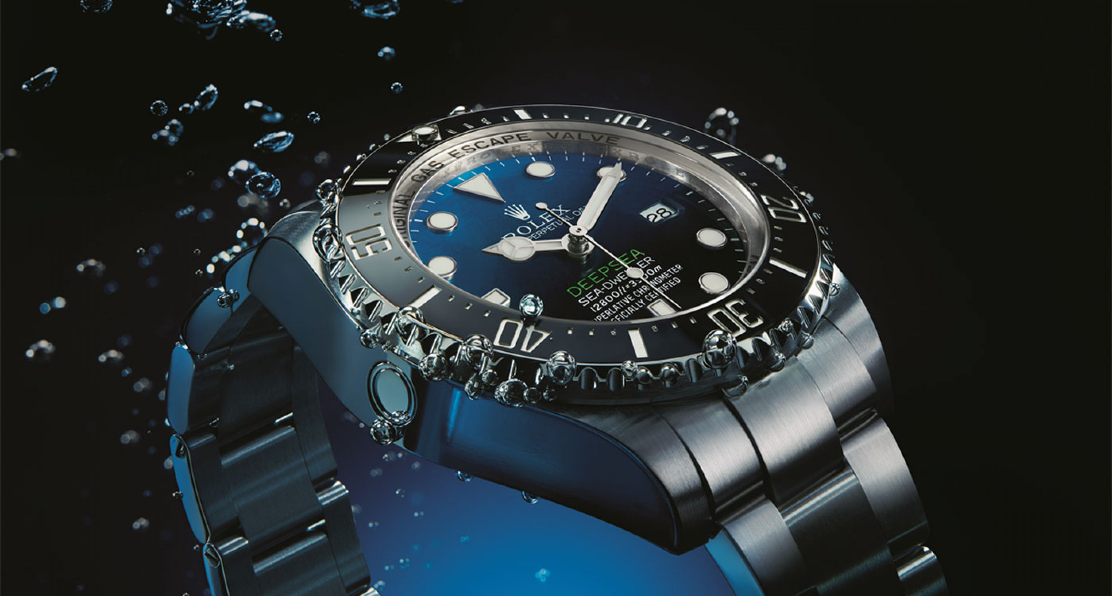 The 2014 Rolex Deep Sea is been proofed to dive until 3.900 metres