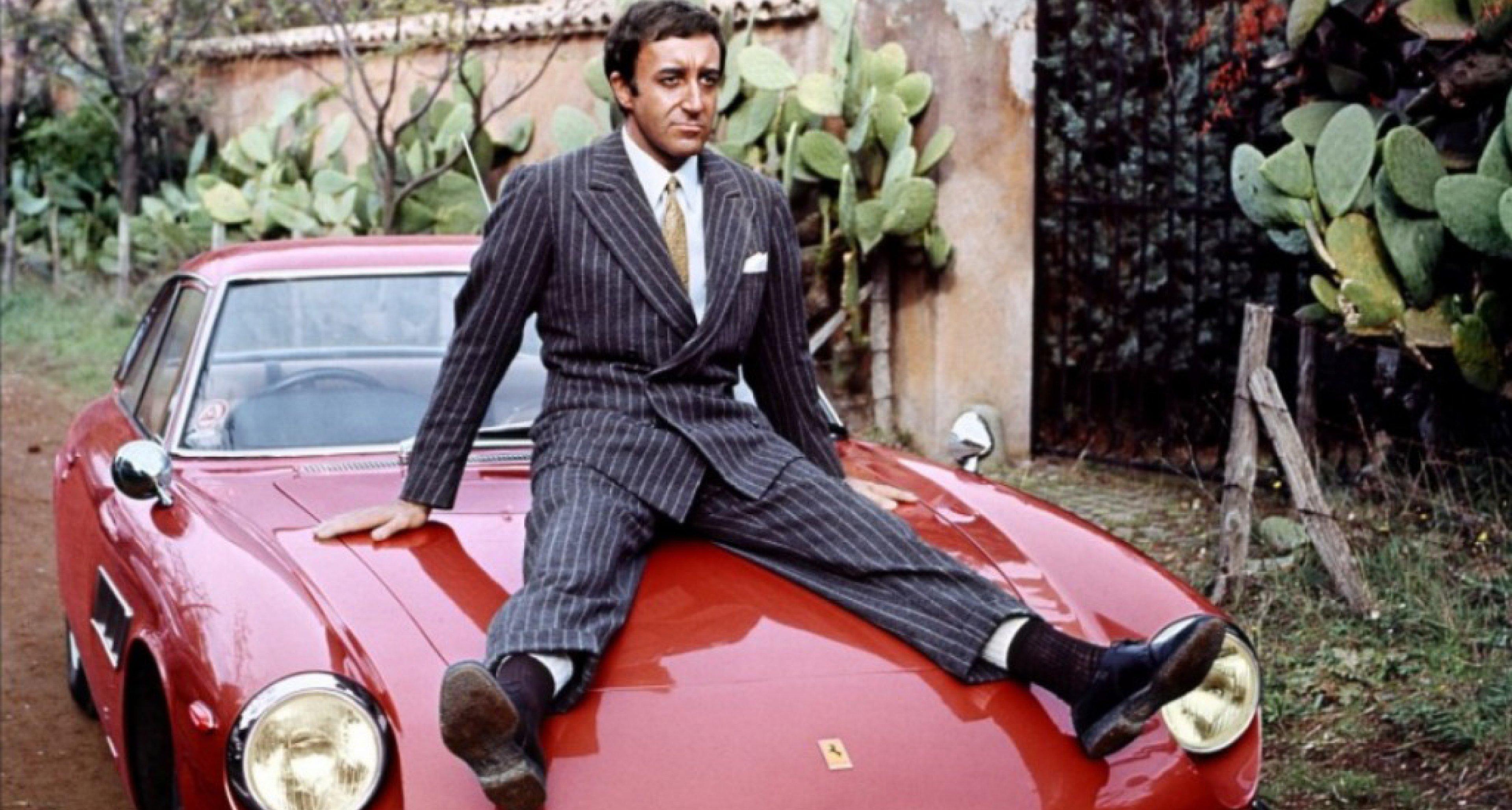 Sellers on the bonnet of his Ferrari 500 Superfast