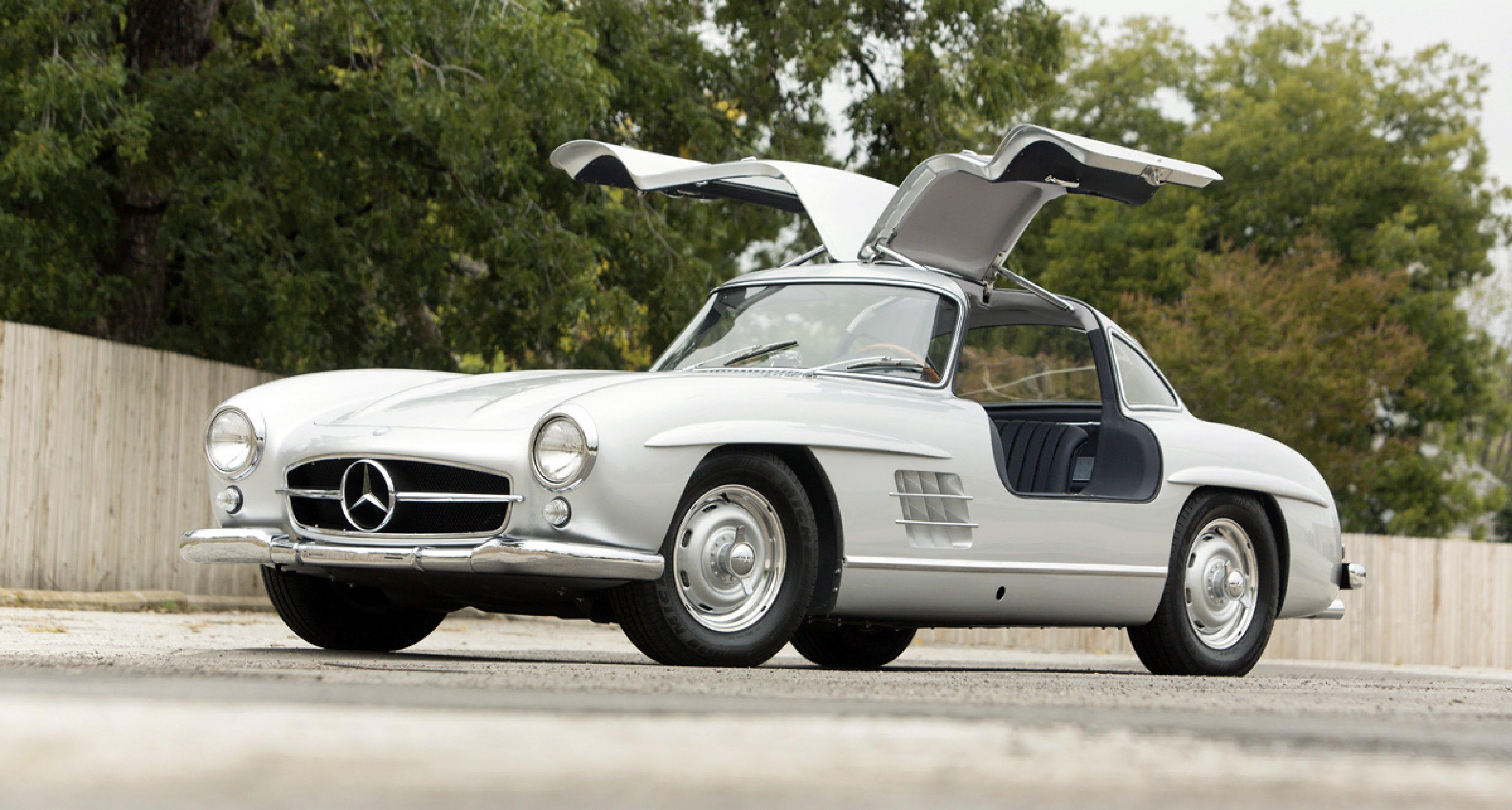 1956 Mercedes-Benz 300 SL Gullwing / $1,100,000 - $1,400,000 (Lot 42)