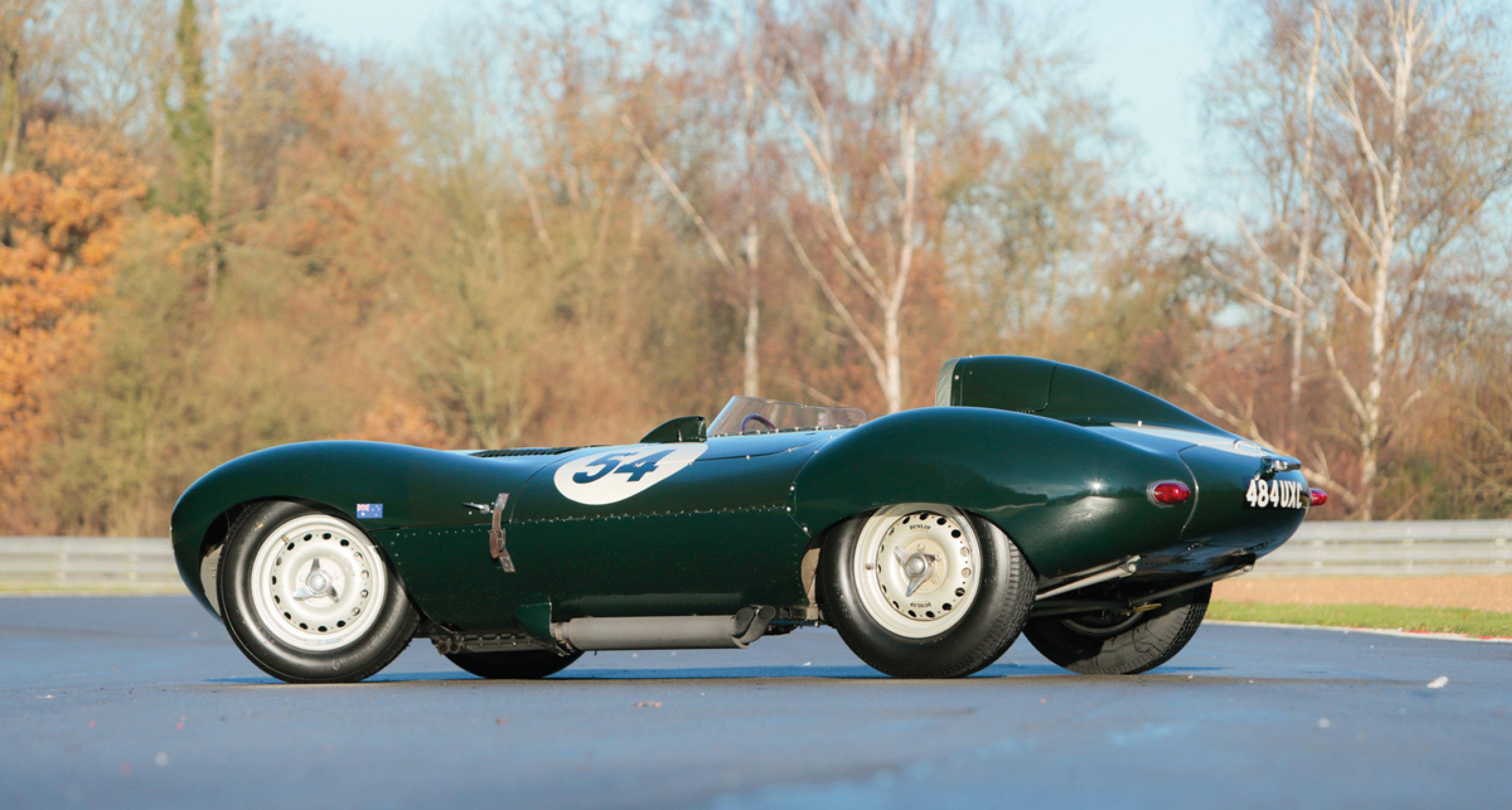 Lot 30: 1955 Jaguar D-Type € 4.100.000 - 4.700.000