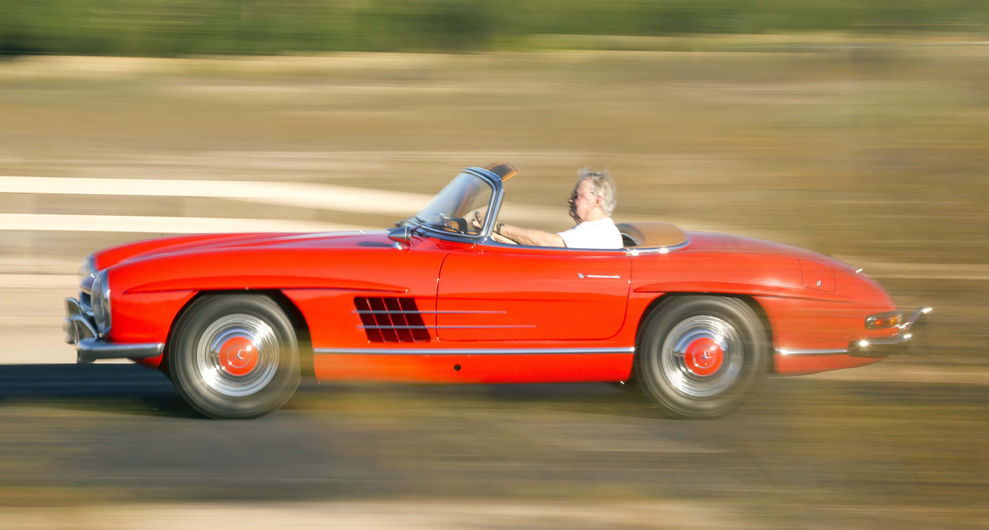 1961 Mercedes-Benz 300SL Roadster with Hardtop sold by Bonhams for $1,237,500