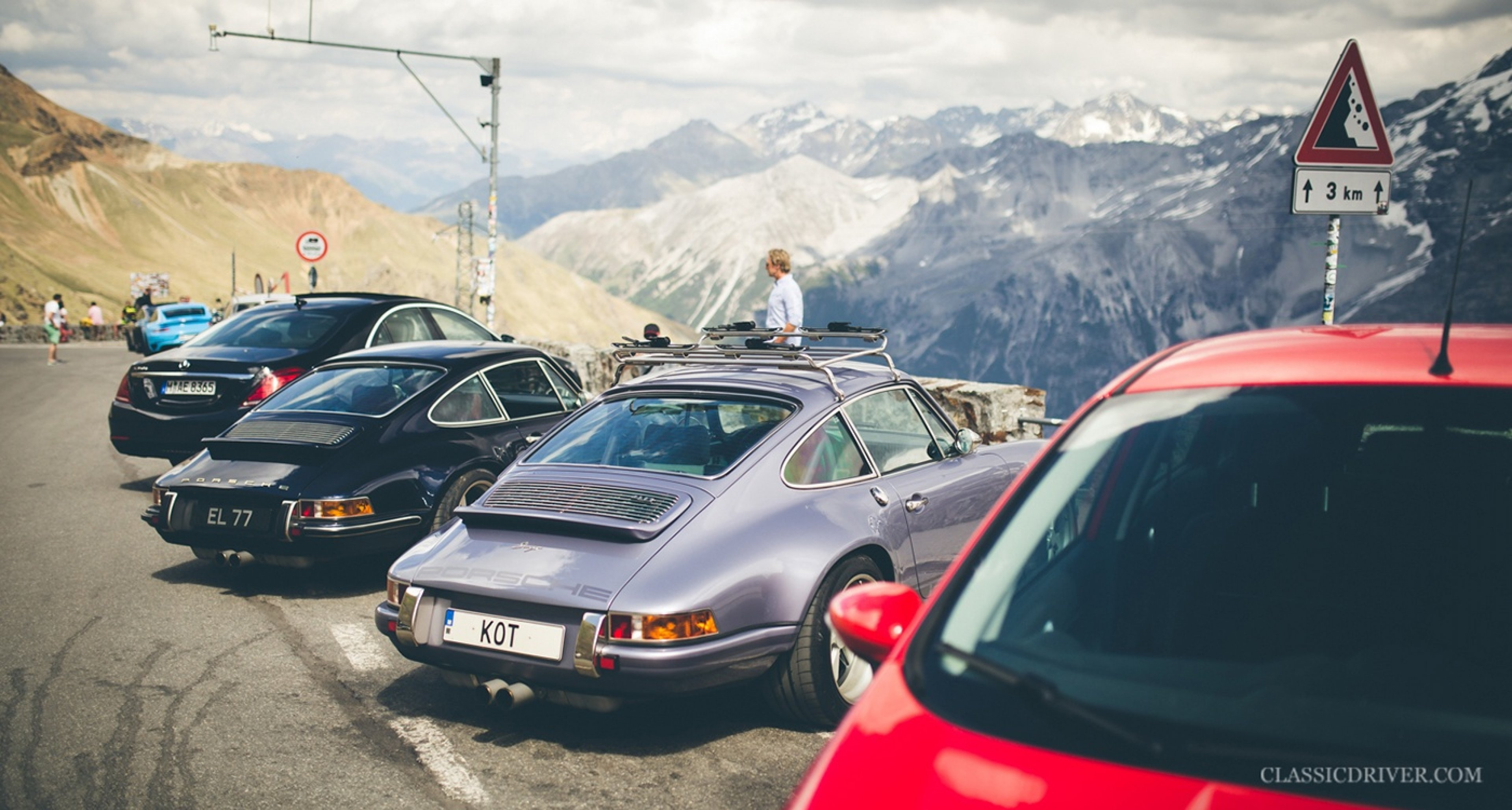 taking the alps with two porsche 911s reimagined by singer. Black Bedroom Furniture Sets. Home Design Ideas