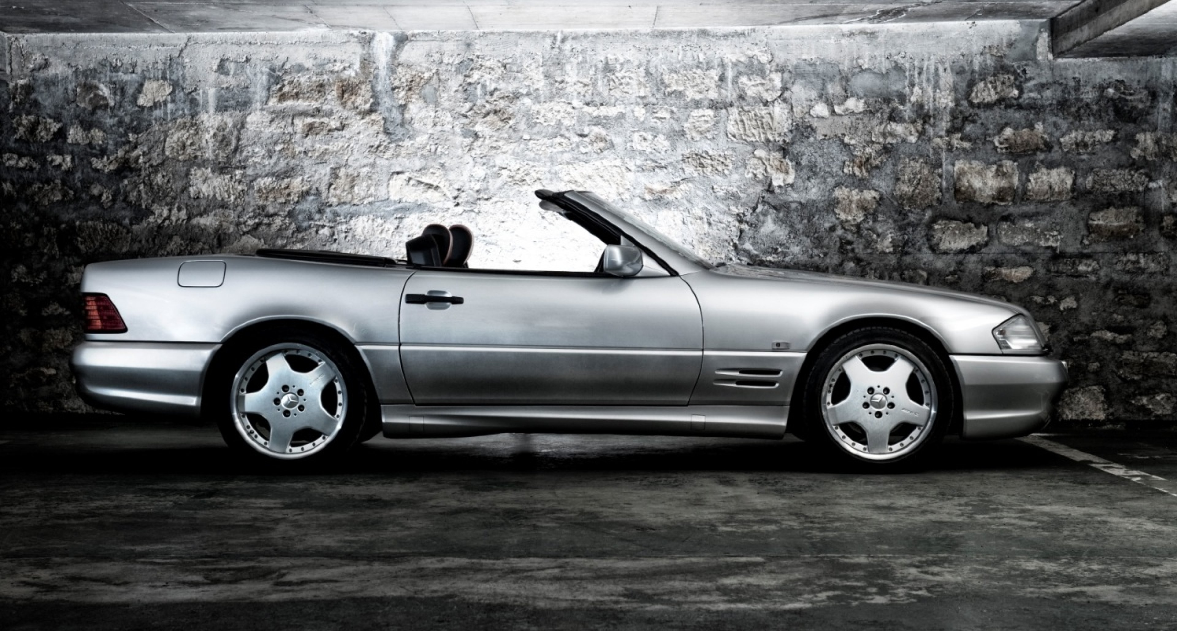 http://www.classicdriver.com/sites/default/files/styles/full_width_slider/public/article_images/sl60-3.jpg?itok=3q8HnKZC