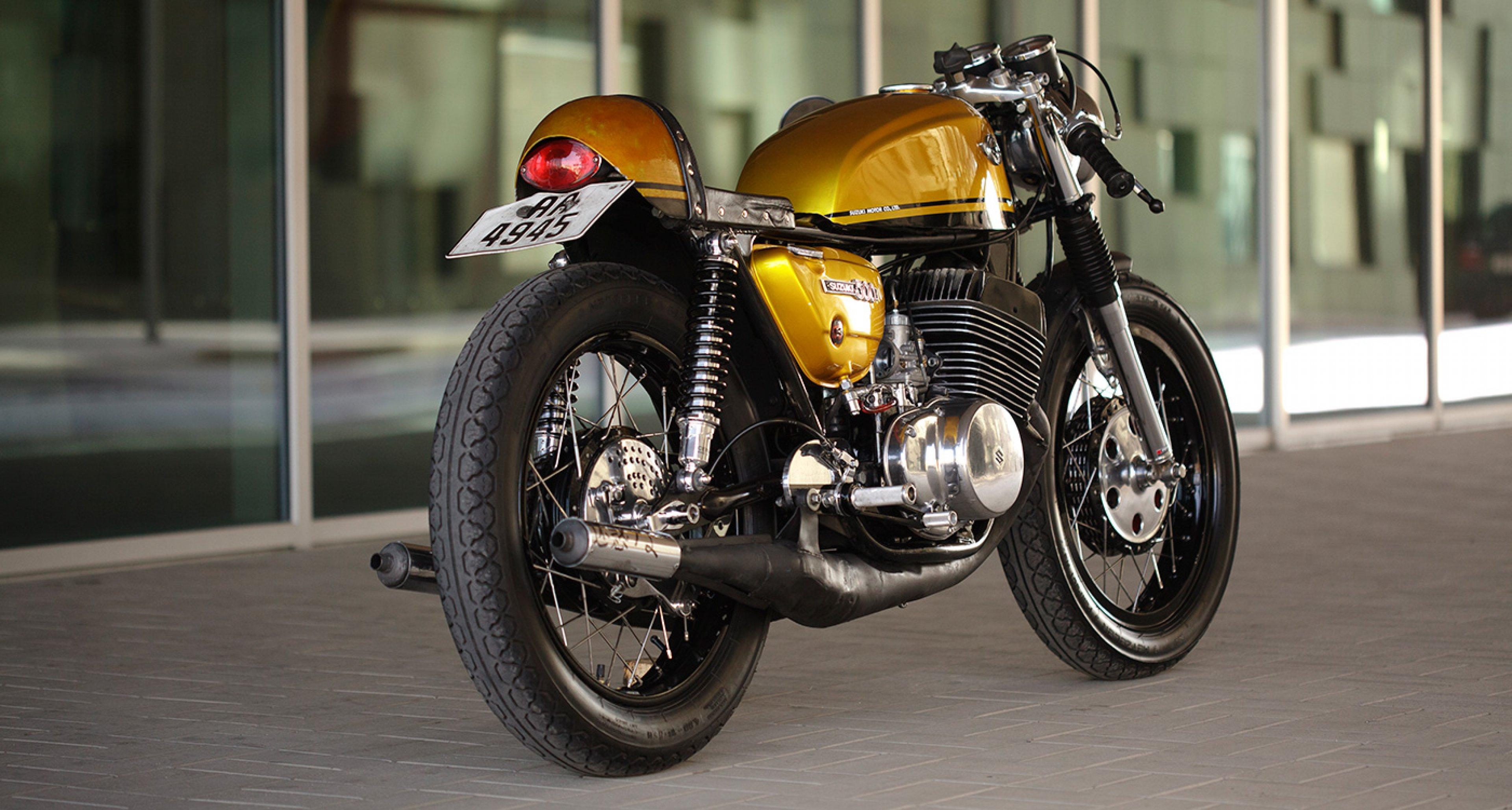 golden goliath: suzuki t500 ii titan café racer | classic driver