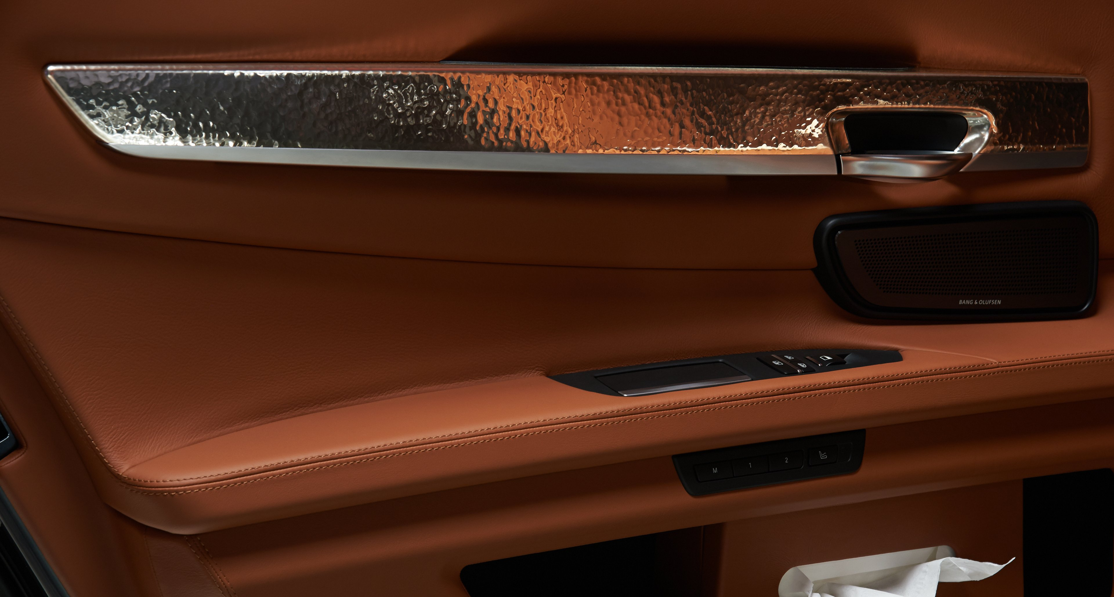 BMW 760Li Sterling by Robbe & Berking