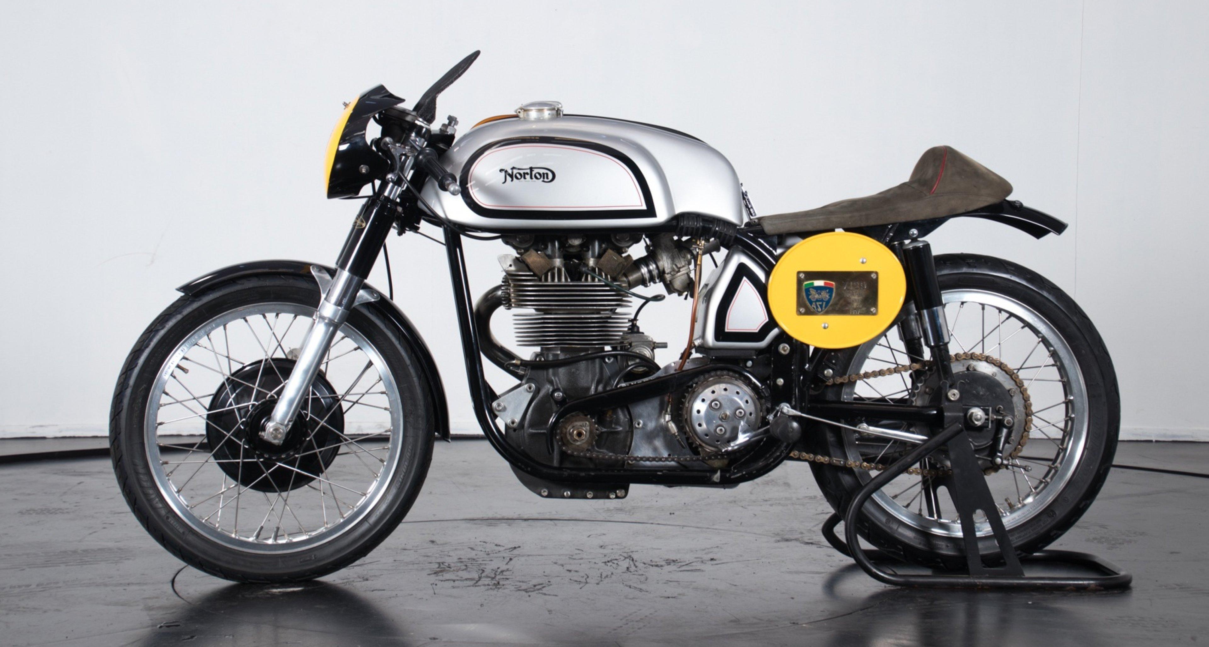 Classic Bikes for sale | Classic Driver