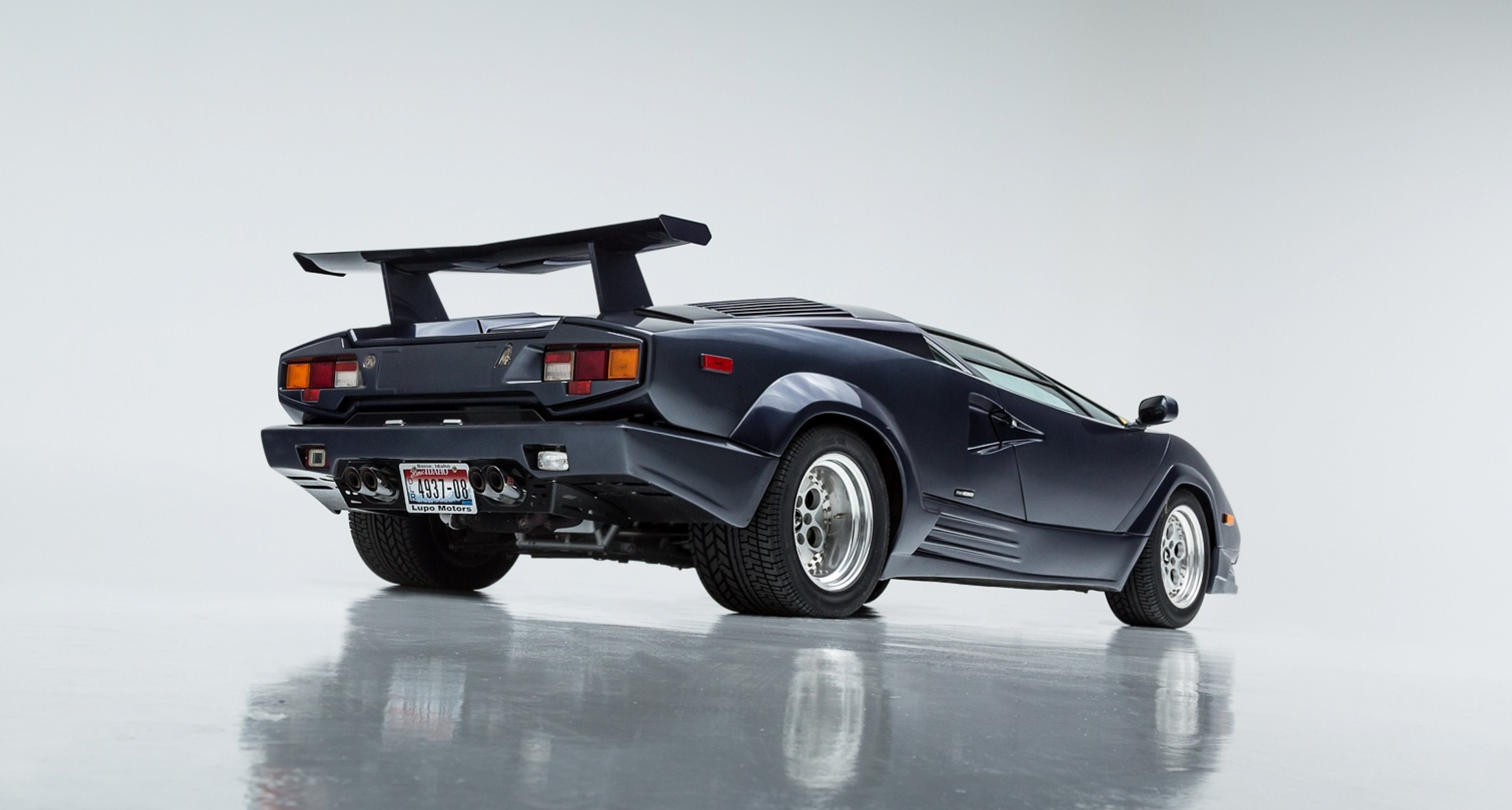Attractive 1989 Lamborghini Countach   25th Anniversery