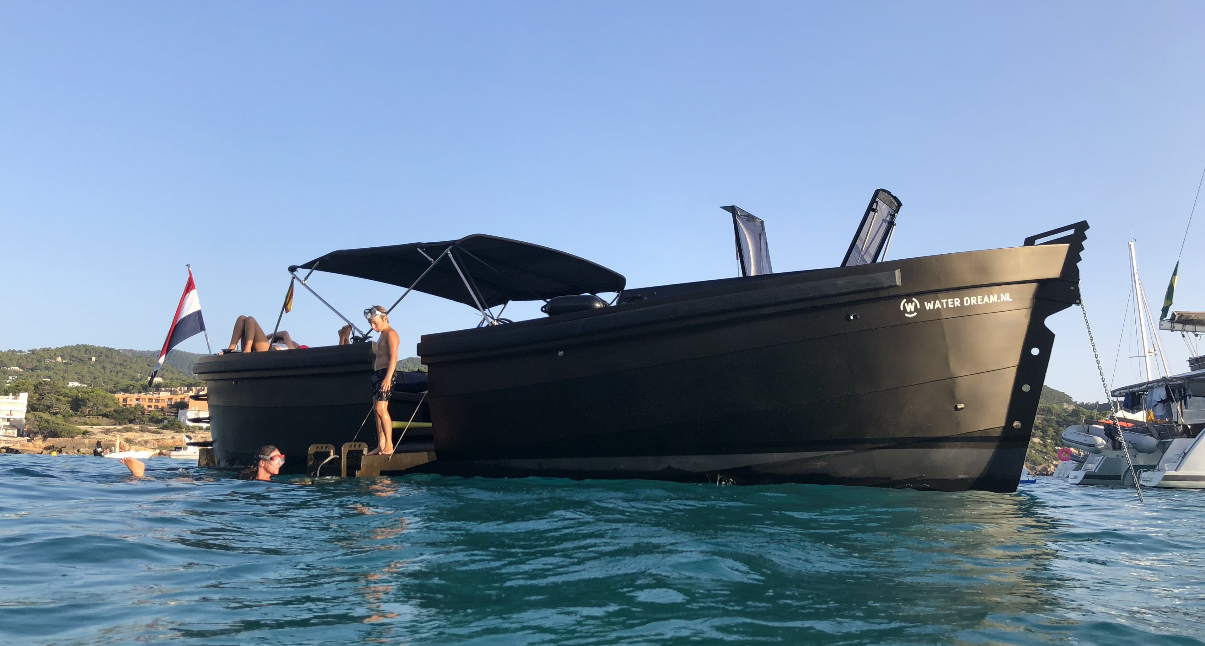 Classic Yachts for sale | Classic Driver
