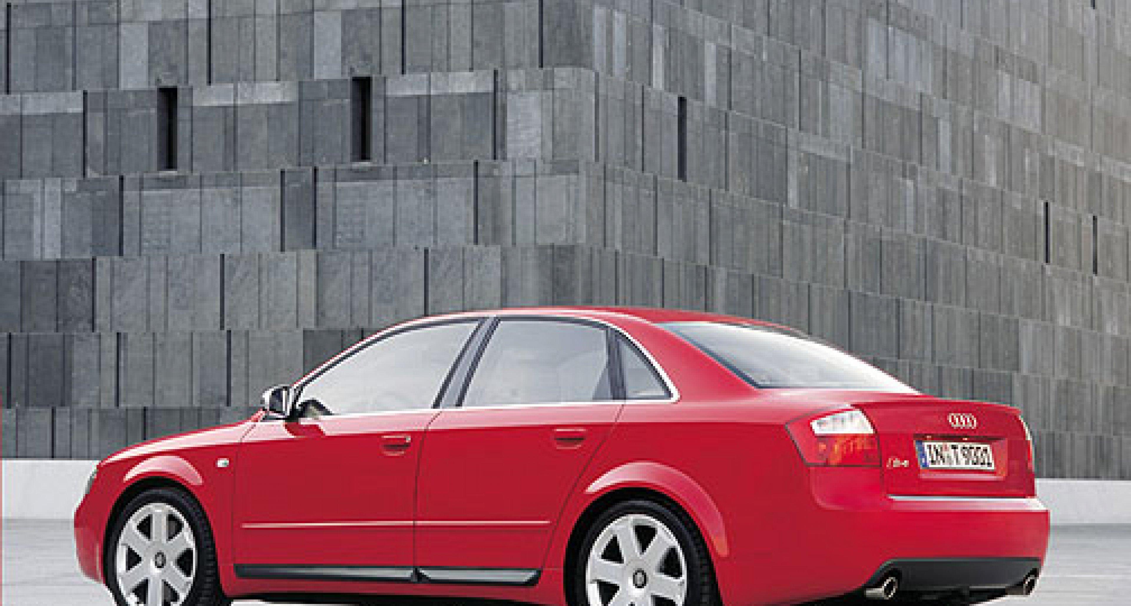 Audi S4: Neuer, kompakter V8-Motor