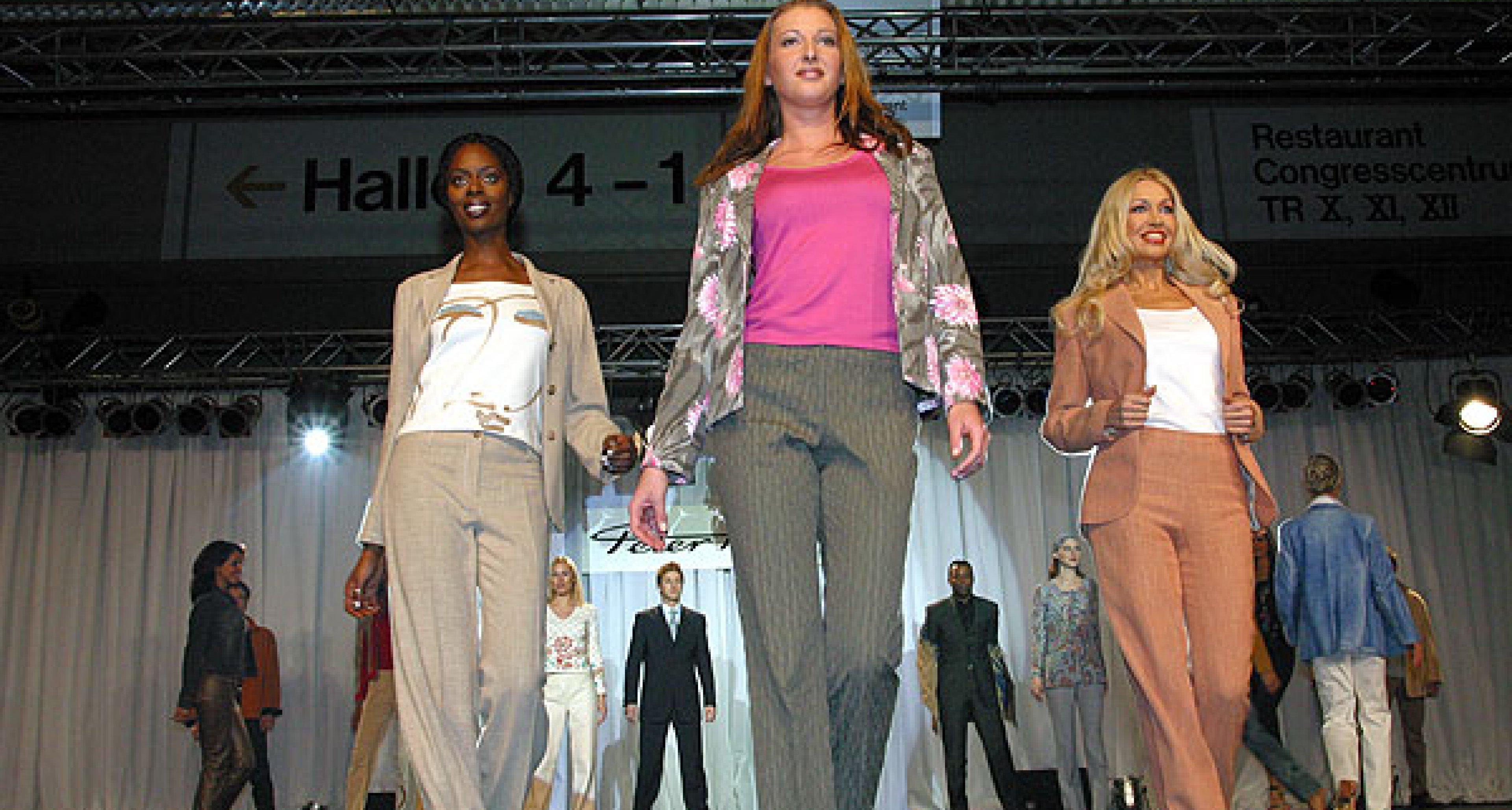 34.000 Besucher auf der Retro Classics 2003