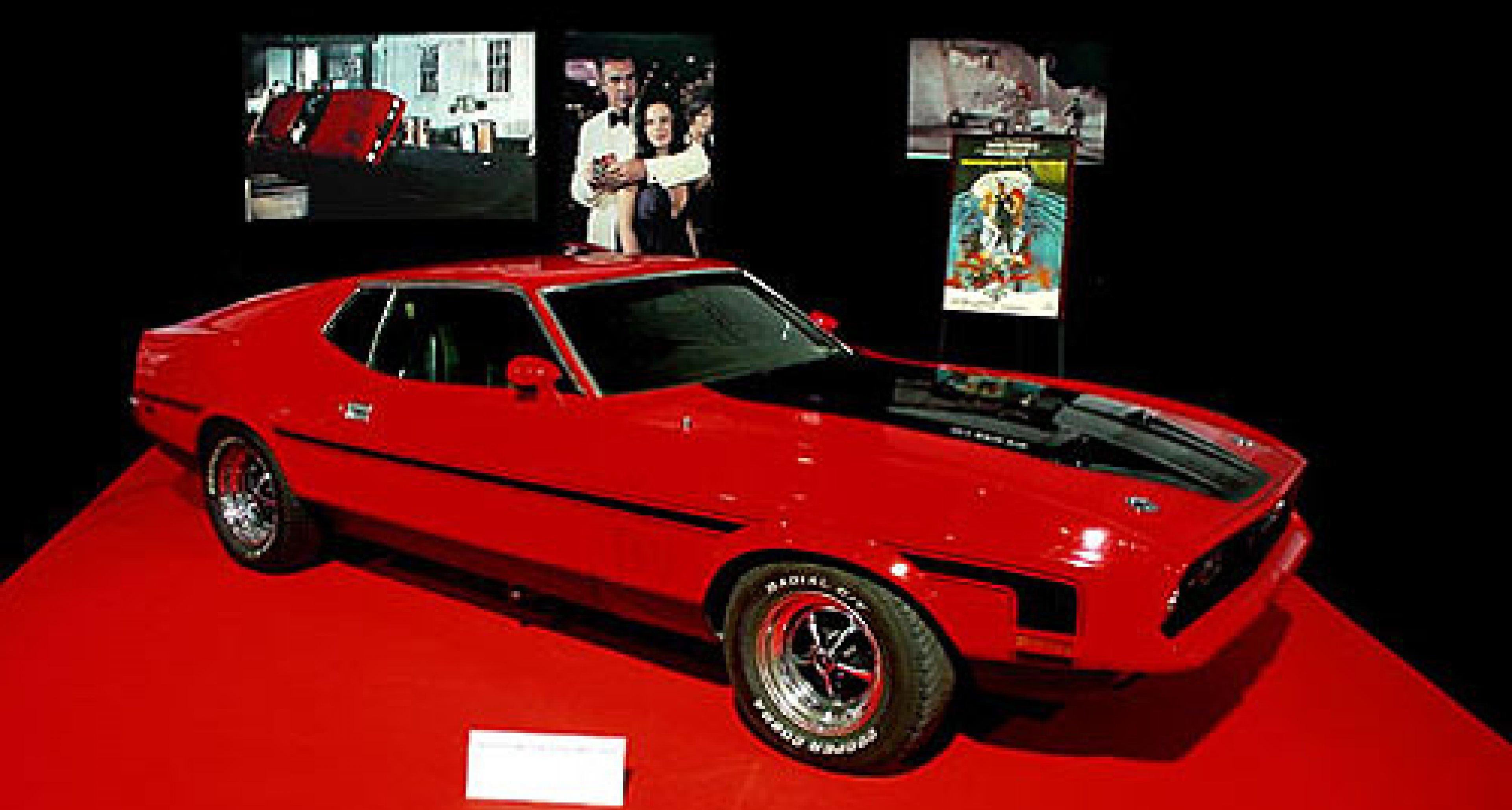 """James Bond Exhibition at Barcelona """"Salon D'Automobile"""" 2003"""