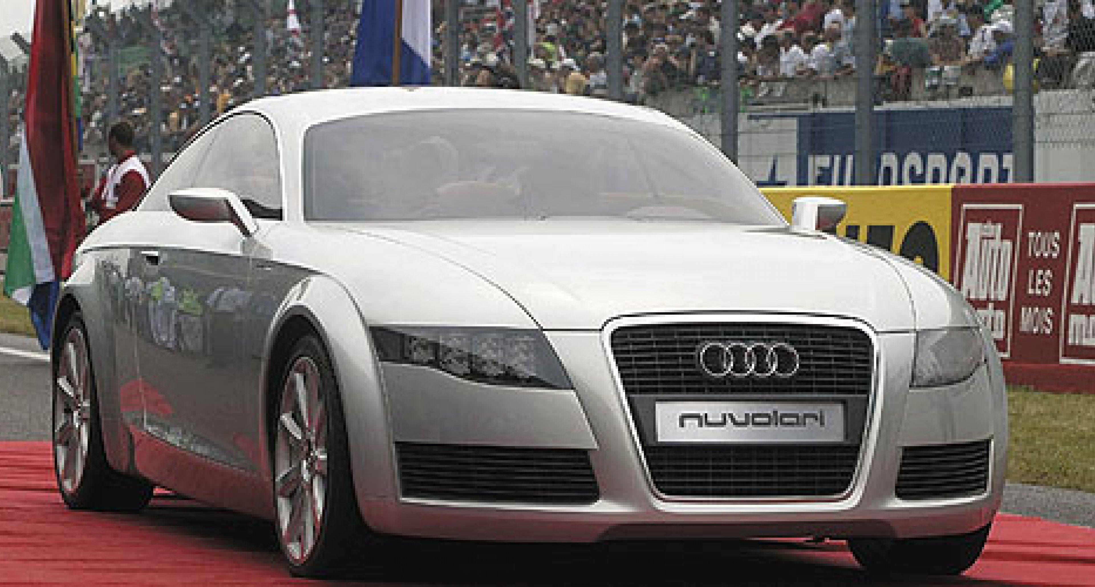 Audi Nuvolari quattro auf dem Rennkurs in Le Mans