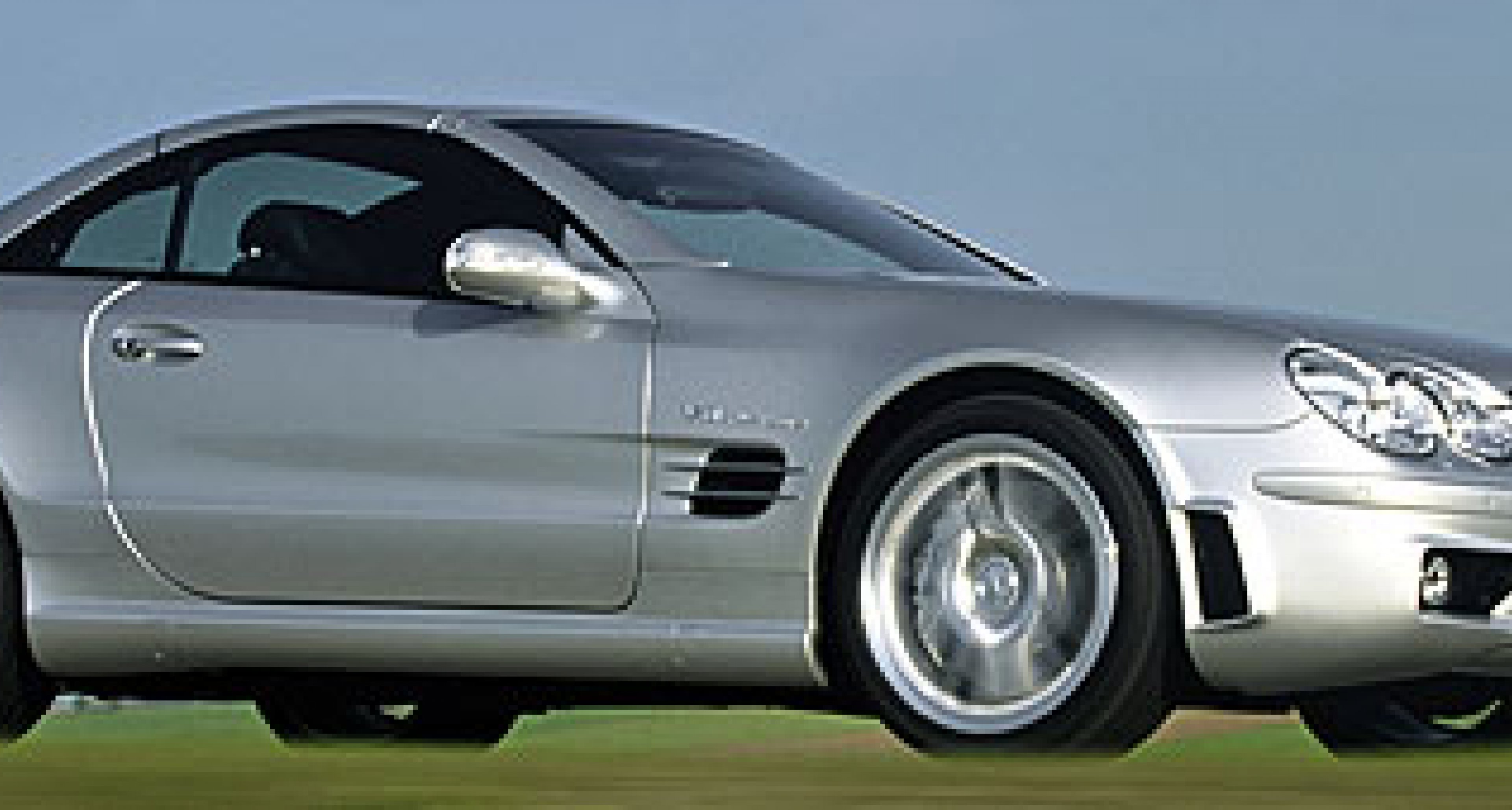 Mercedes-Benz SL 55 AMG: Neues Perfomance Package