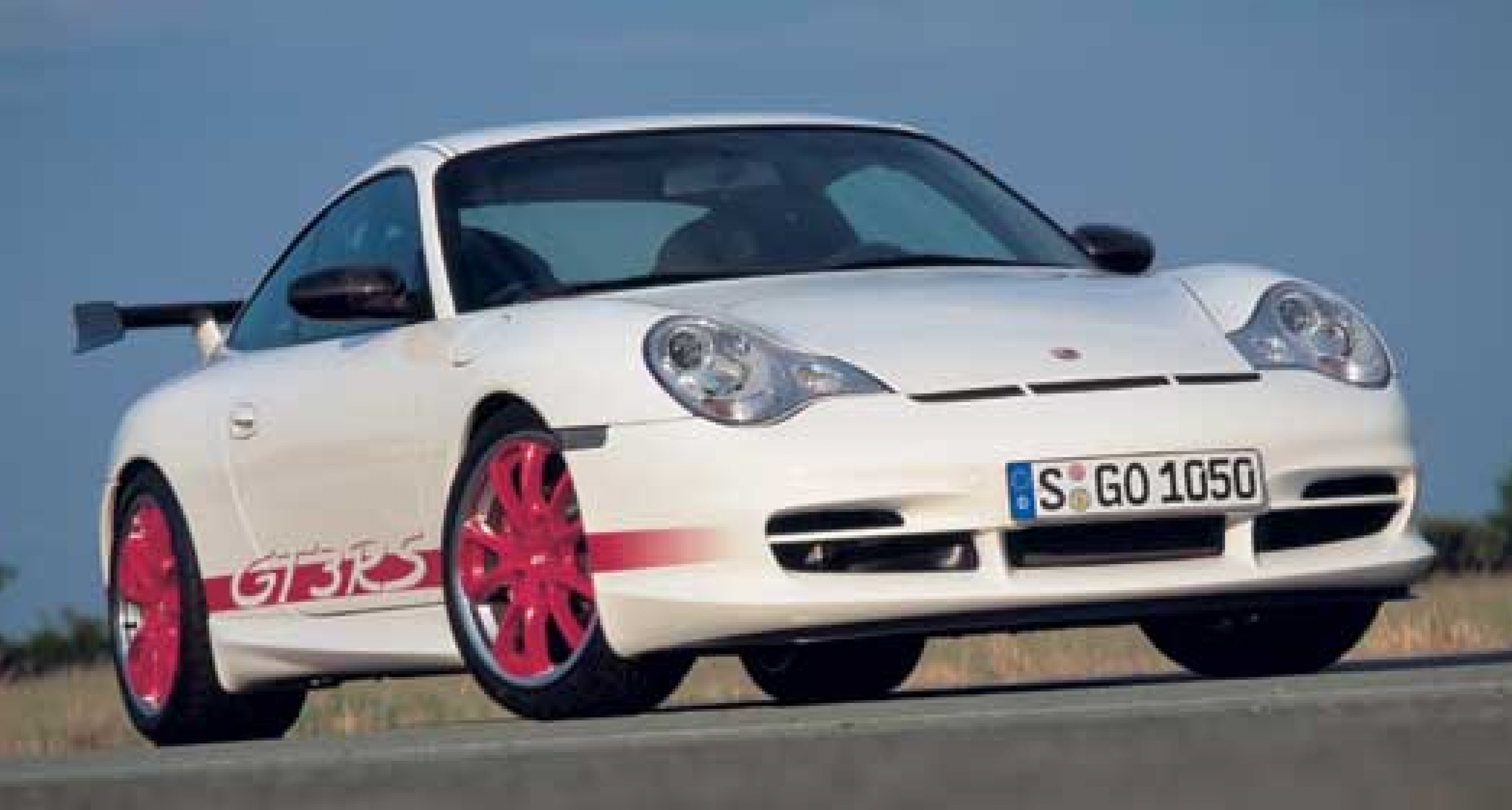 30 years on - Porsche announces 911 GT3 RS for October