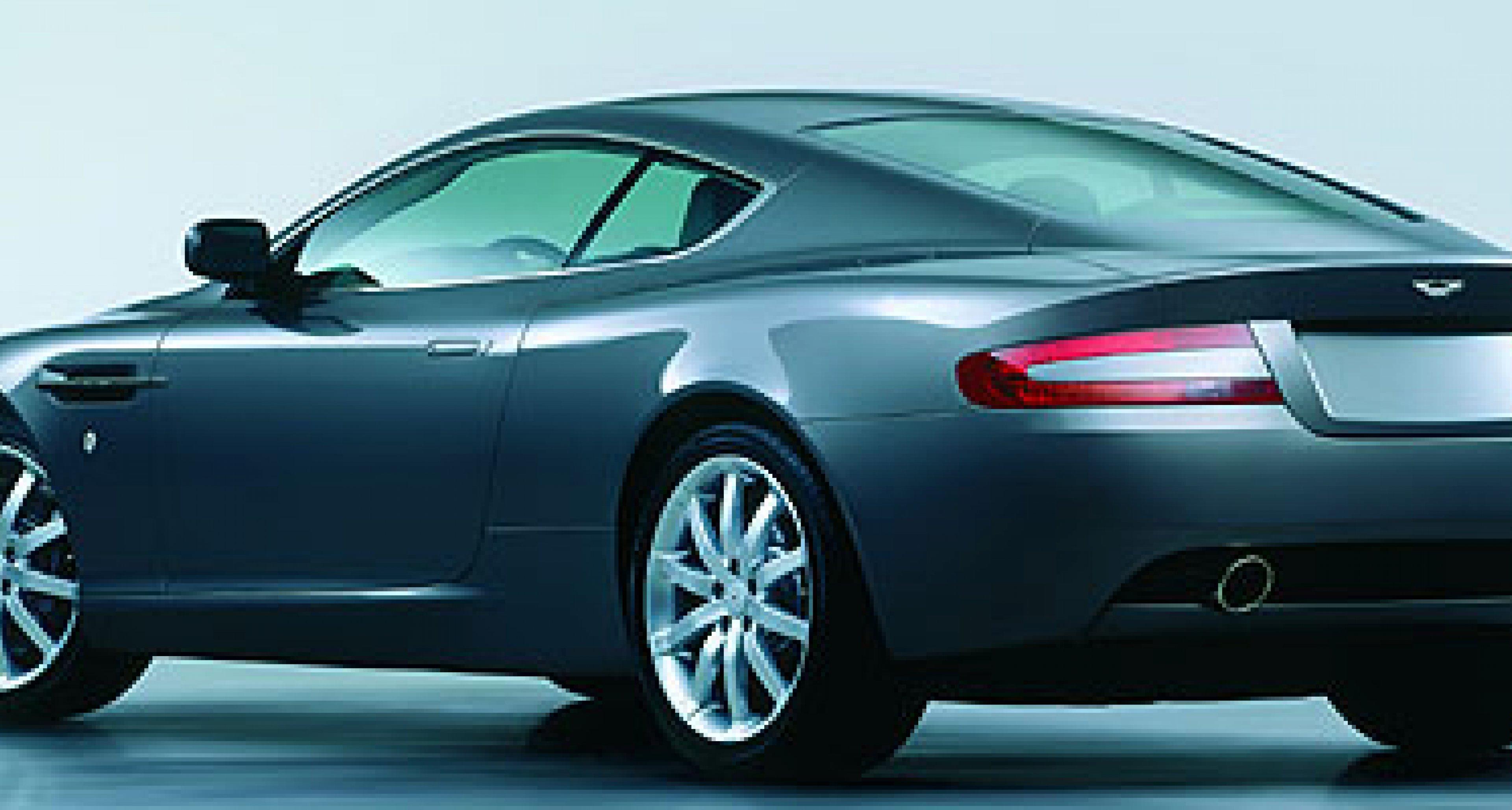 Aston Martin DB9 makes World Debut – September 2003