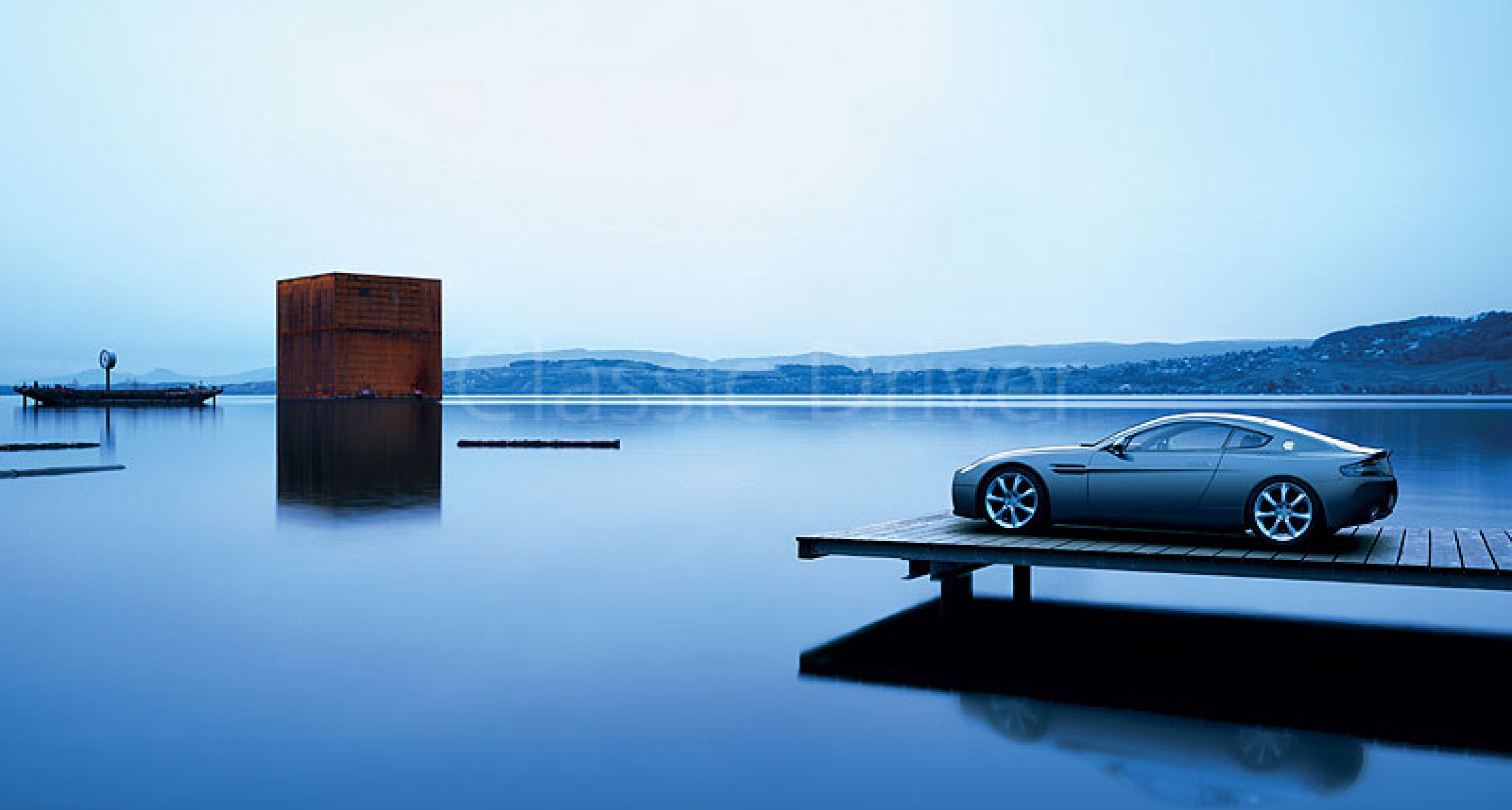 Aston Martin Meets Art