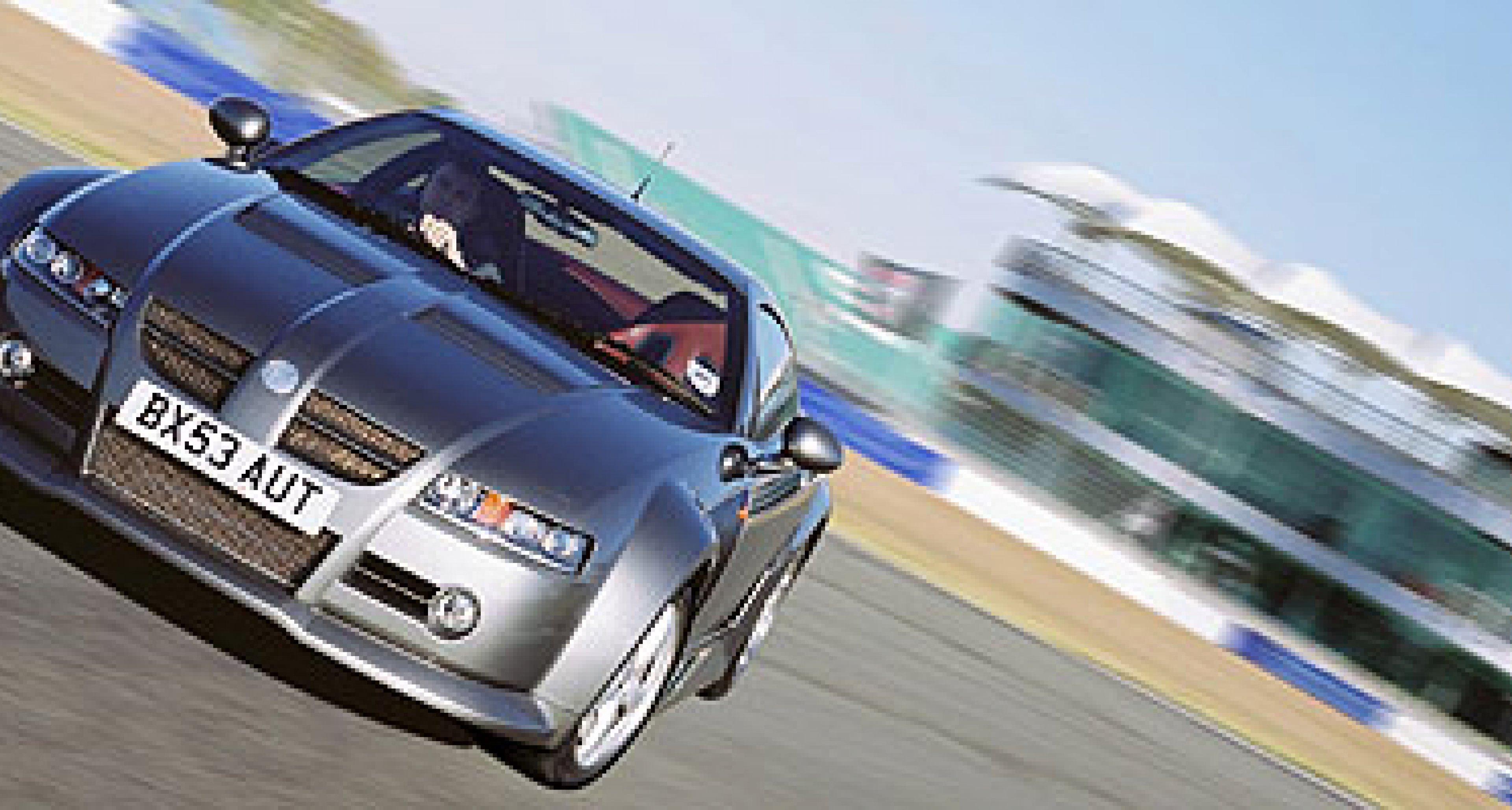 MG XPower SV ab 1. November 2003 erhältlich