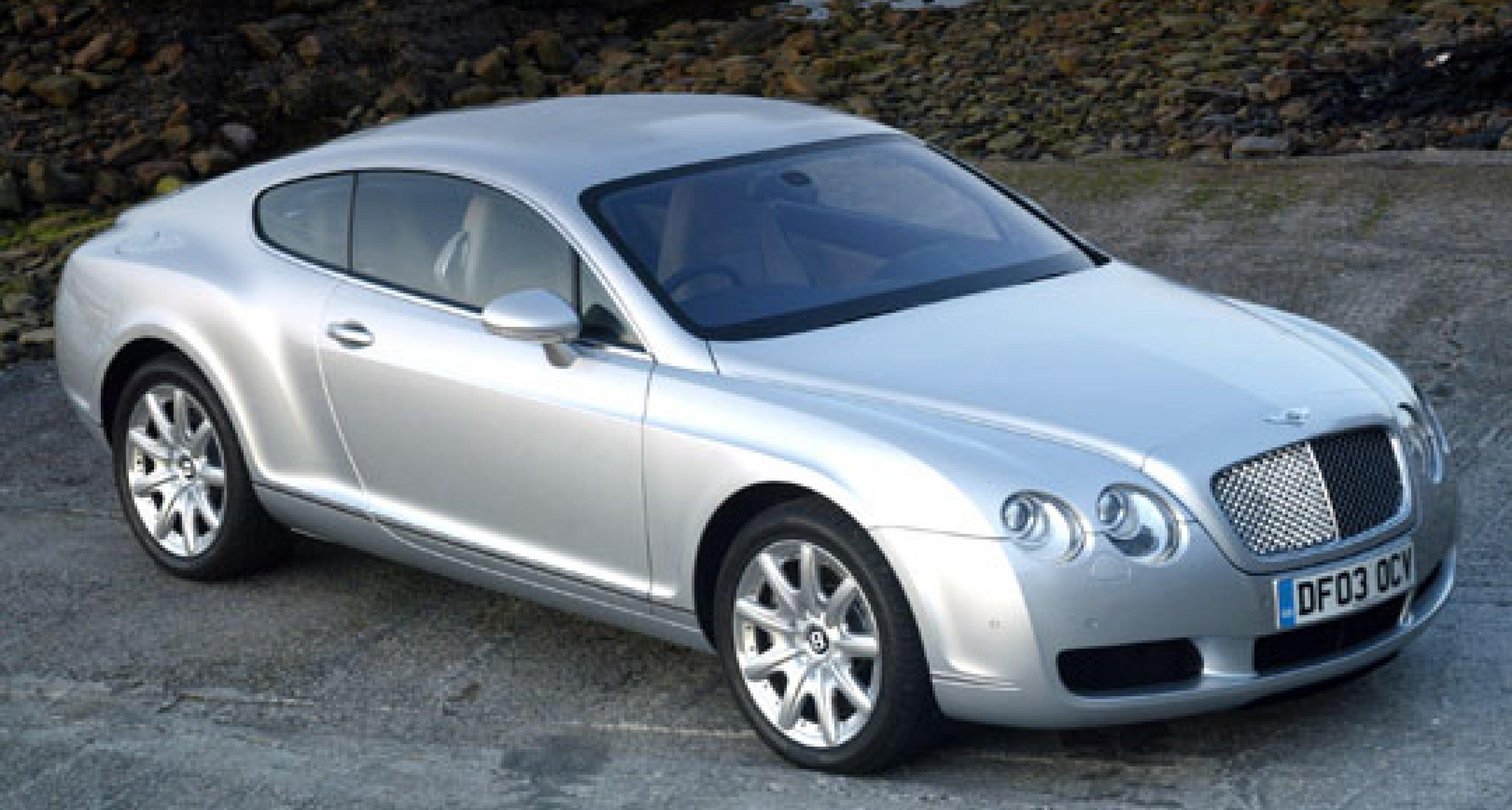 """Bentley Continental GT: """"L'Automobile più Bella del Mondo"""" des Jahres 2003"""
