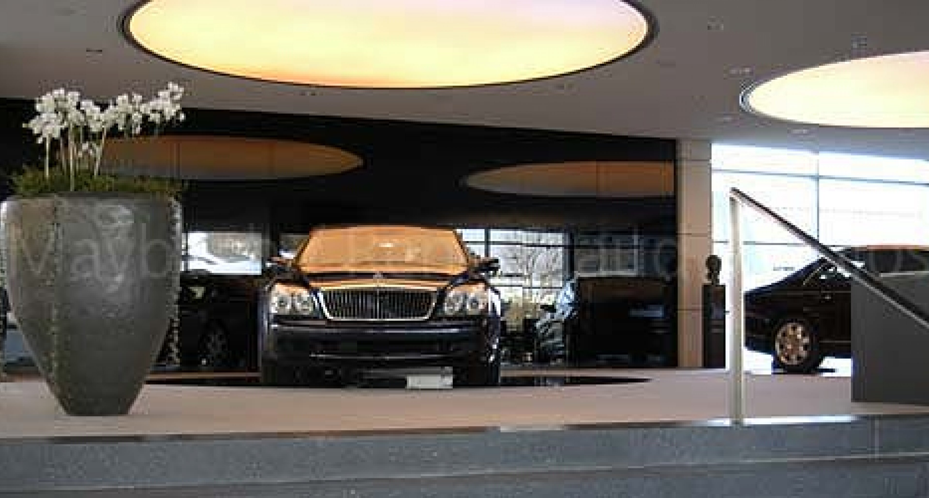 Maybach Center of Excellence